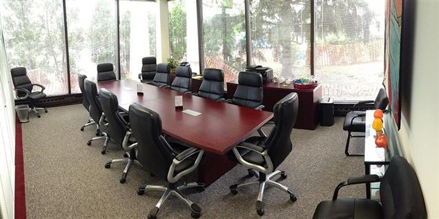 Lake Cook Reporting and Videoconferencing - Glass Conference Room