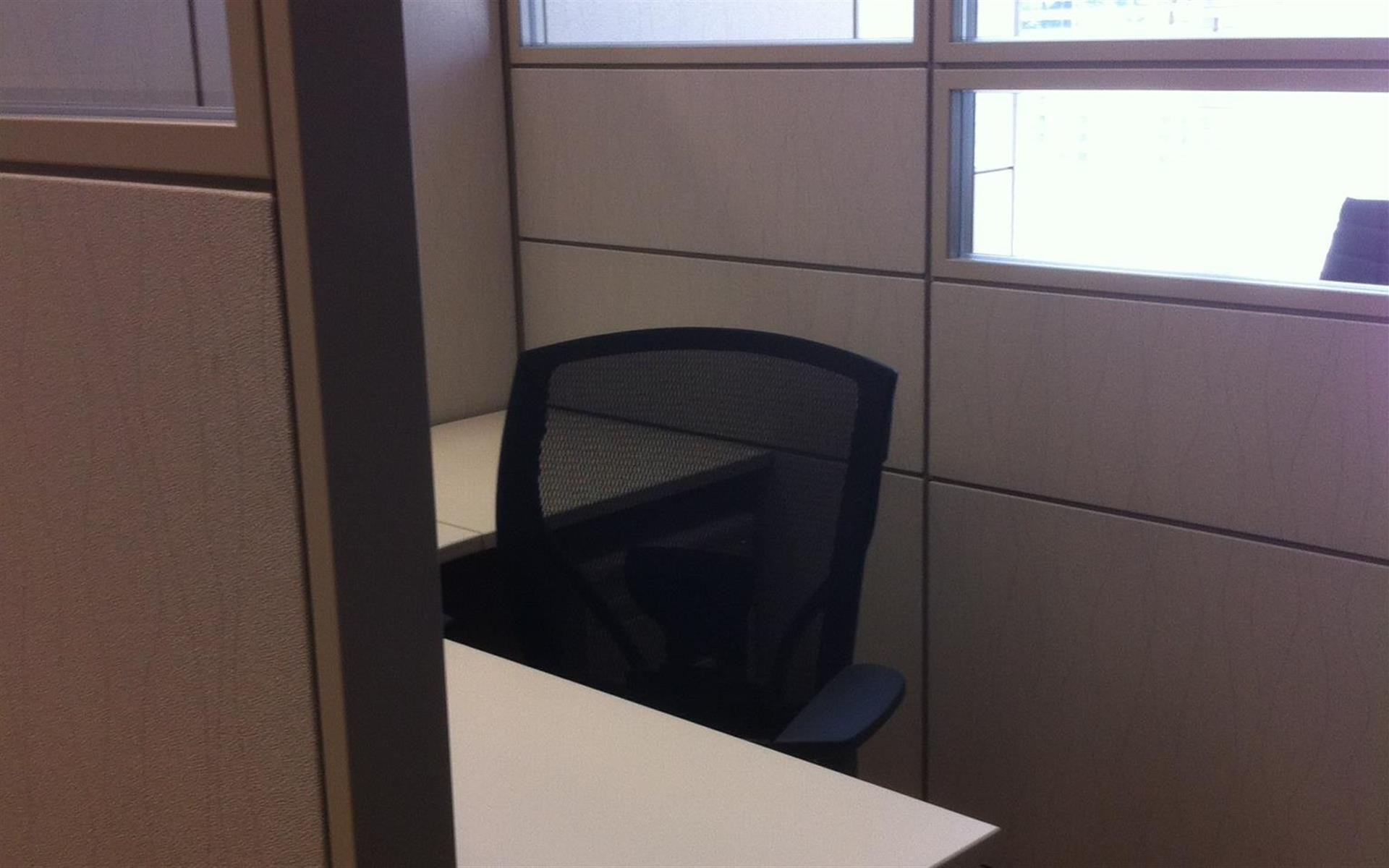 Liberty Office Suites - Workstation