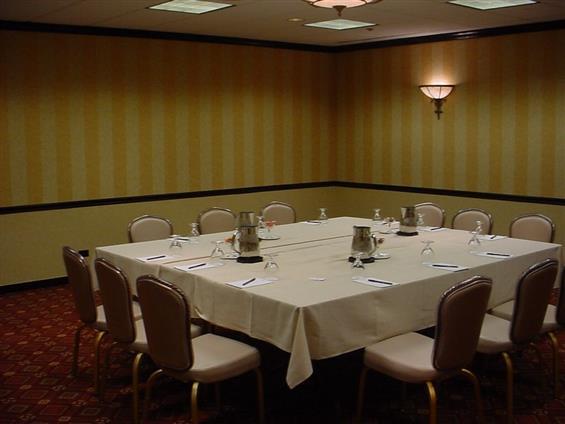 Hilton Lisle/Naperville - Conference Room IV
