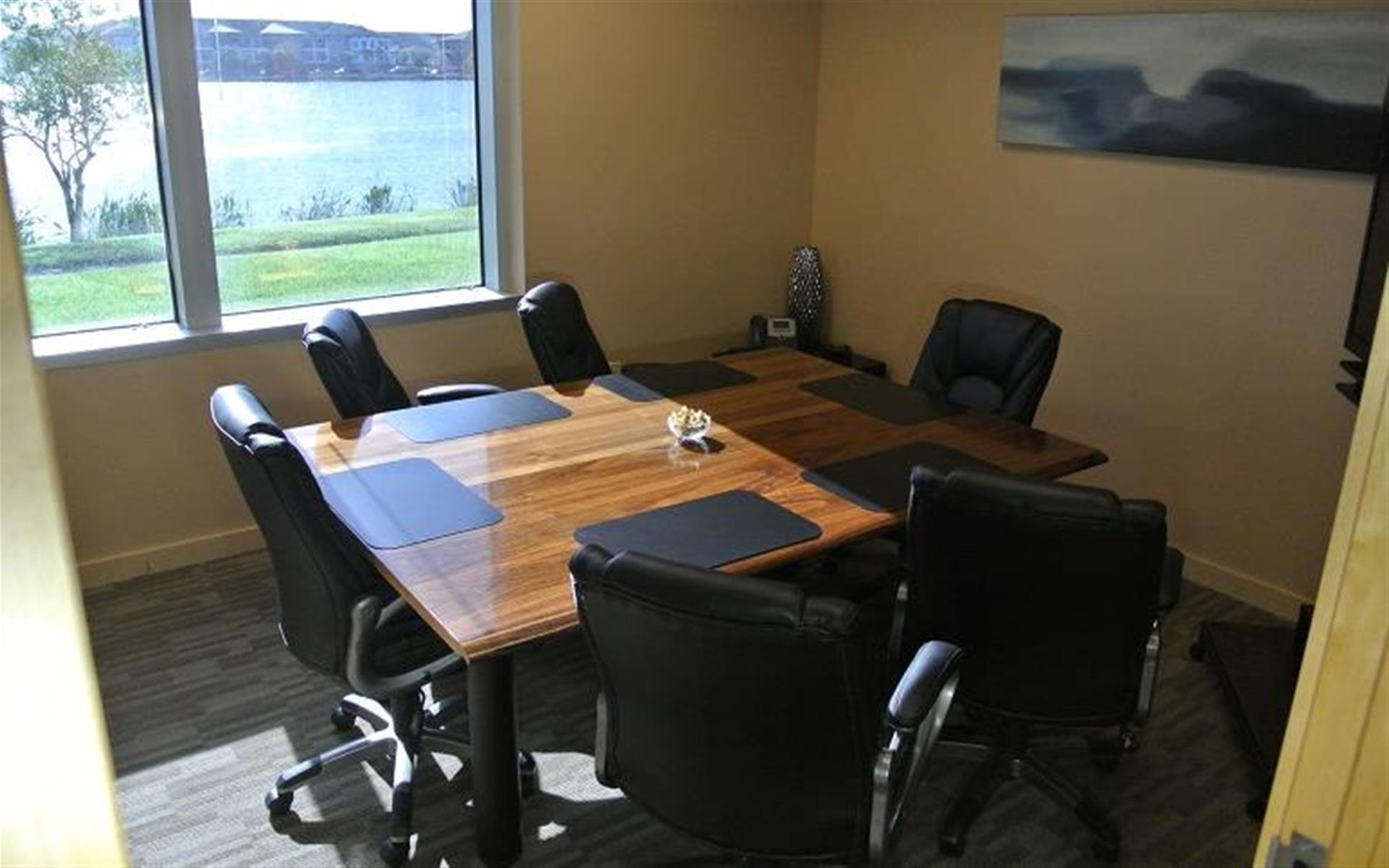 Orlando Office Center at Millenia - Lakeside Meeting Room