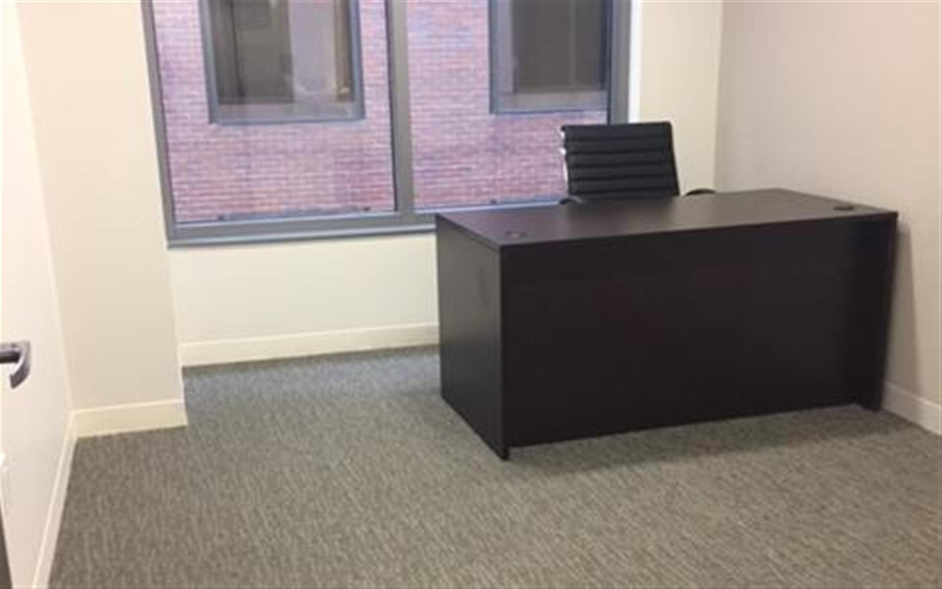 Centurion Center DC - Suite E6 - Windowed Office