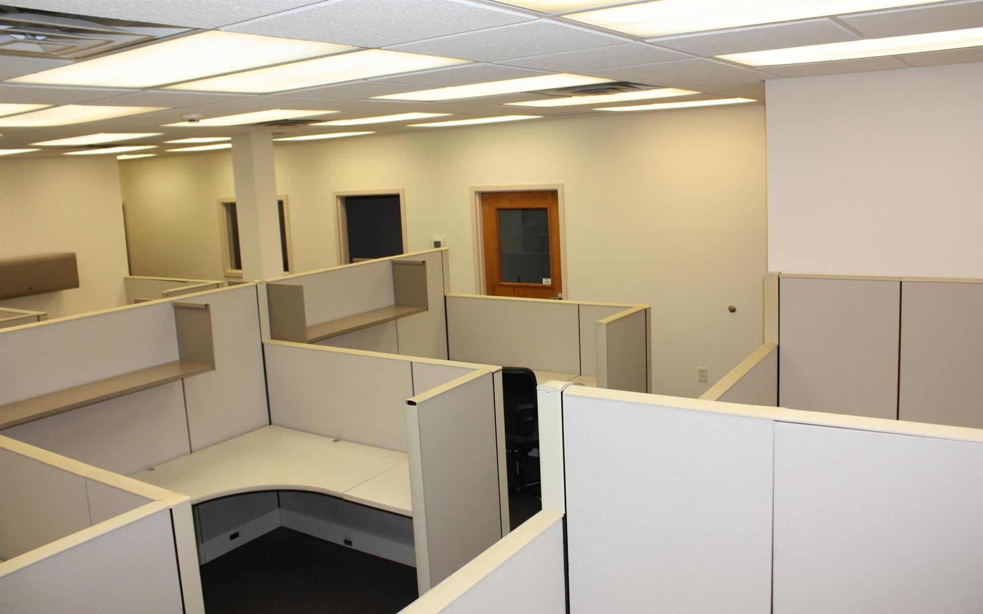 Offices and Coworking in Central NJ - Metuchen, NJ - Suite 205 - Team office