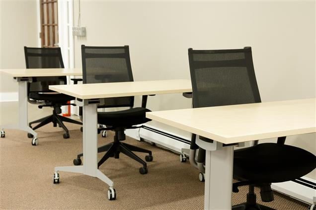 Saratoga CoWorks - Collaborative Work Area