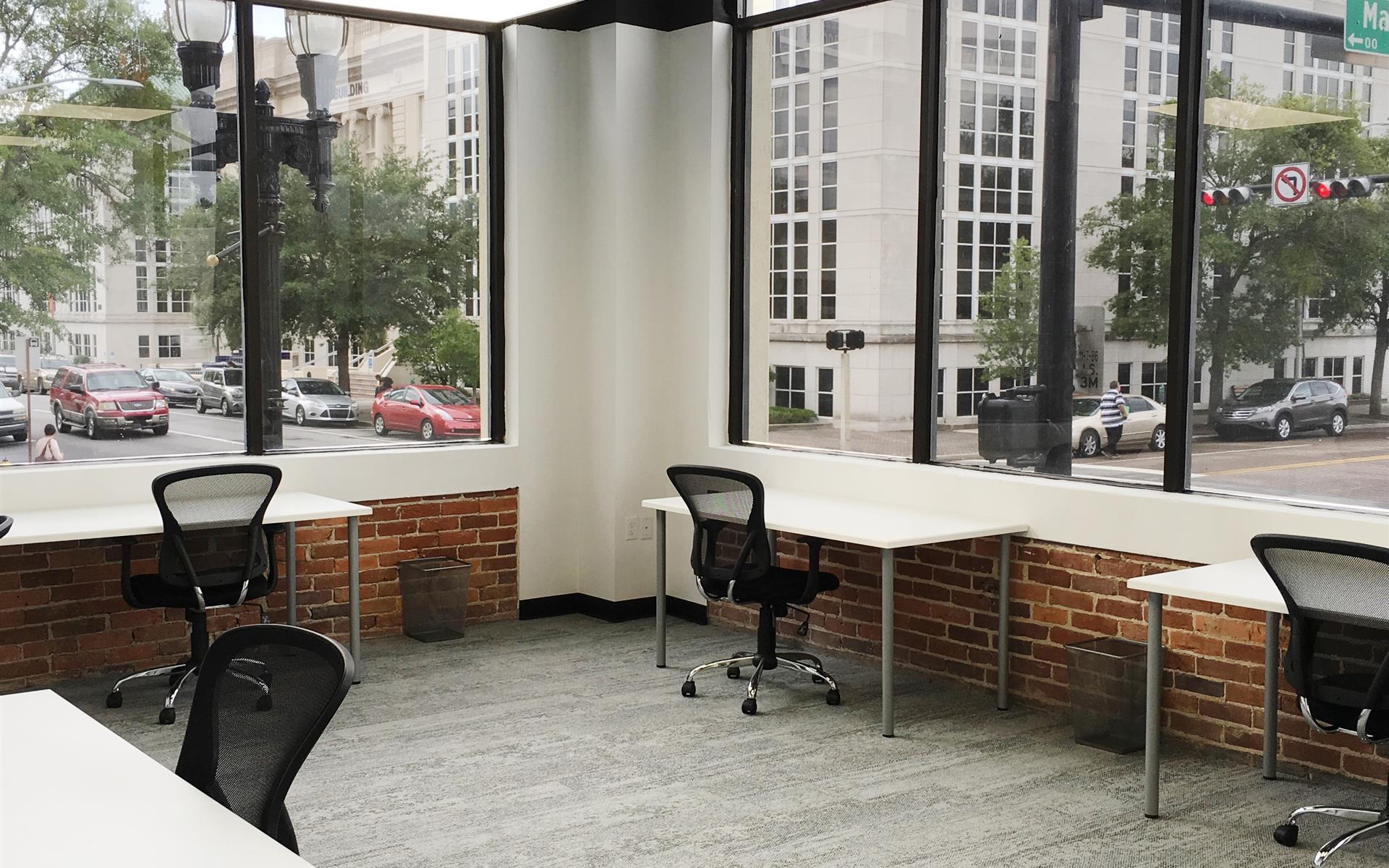 Level Office Jacksonville - Suite 122