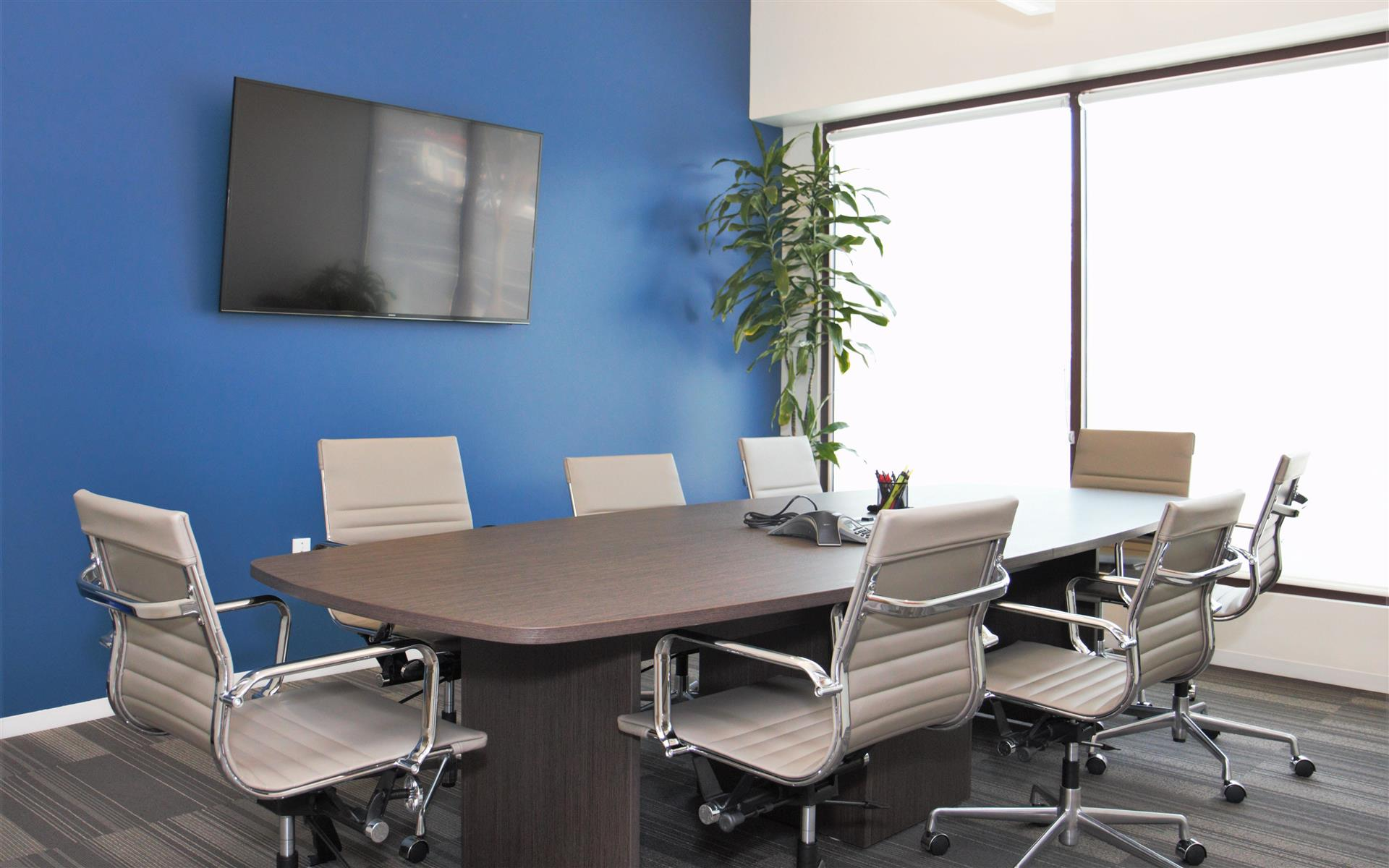 Bunsow De Mory Smith & Allison - Conference Room (8 ppl) (Larger Avail)