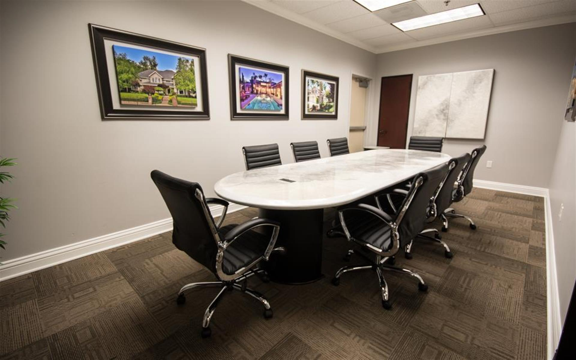 Better Homes & Gardens Real Estate - Conference Room