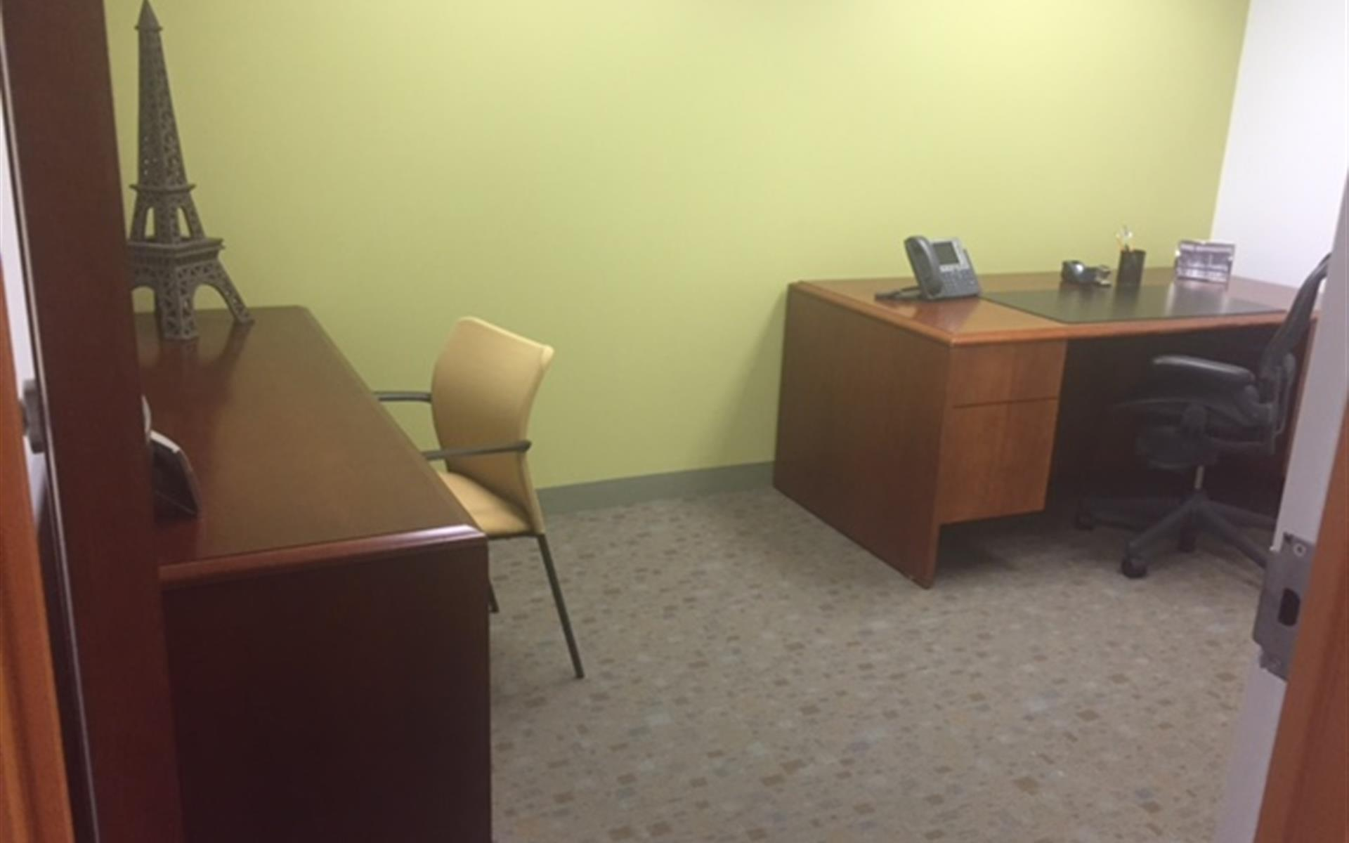 Carr Workplaces - Tysons Greensboro - Office 956
