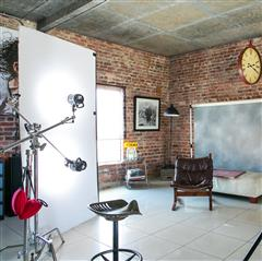 Host at Foto Kallweit Studio and Event Space