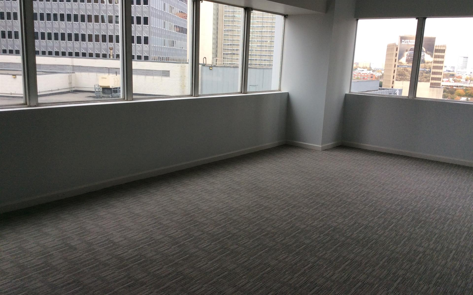 Alto 211 - Available office space