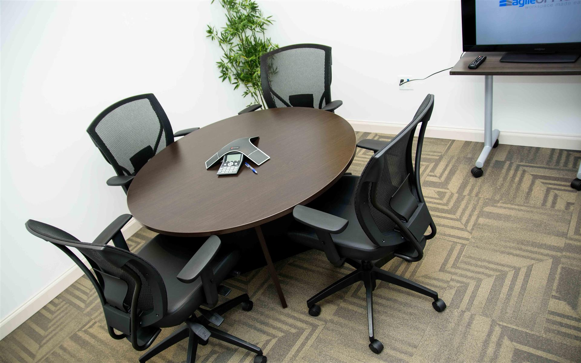 Agile Offices - Laurier Meeting Room