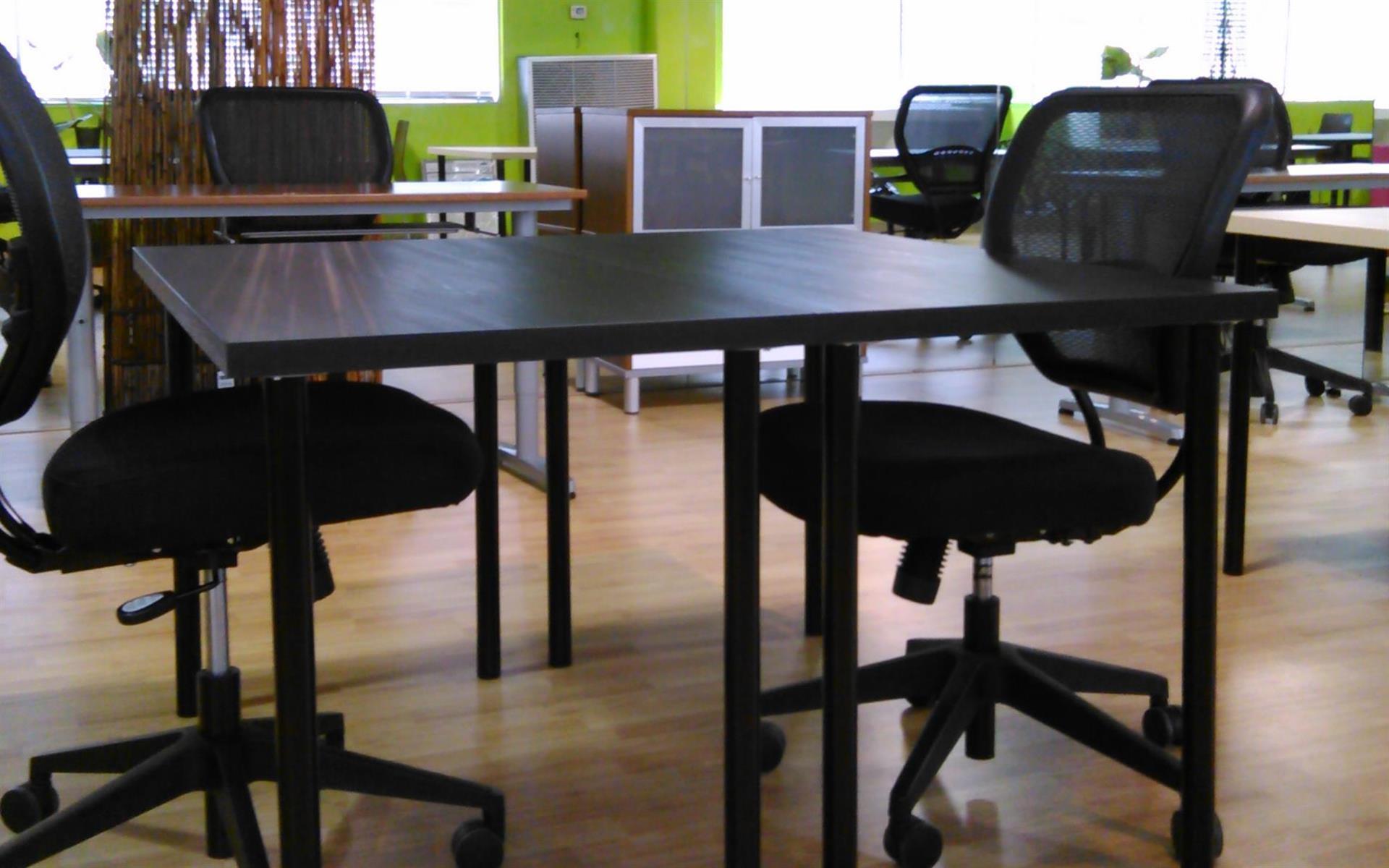 Houston Business Lounge - Open Desk