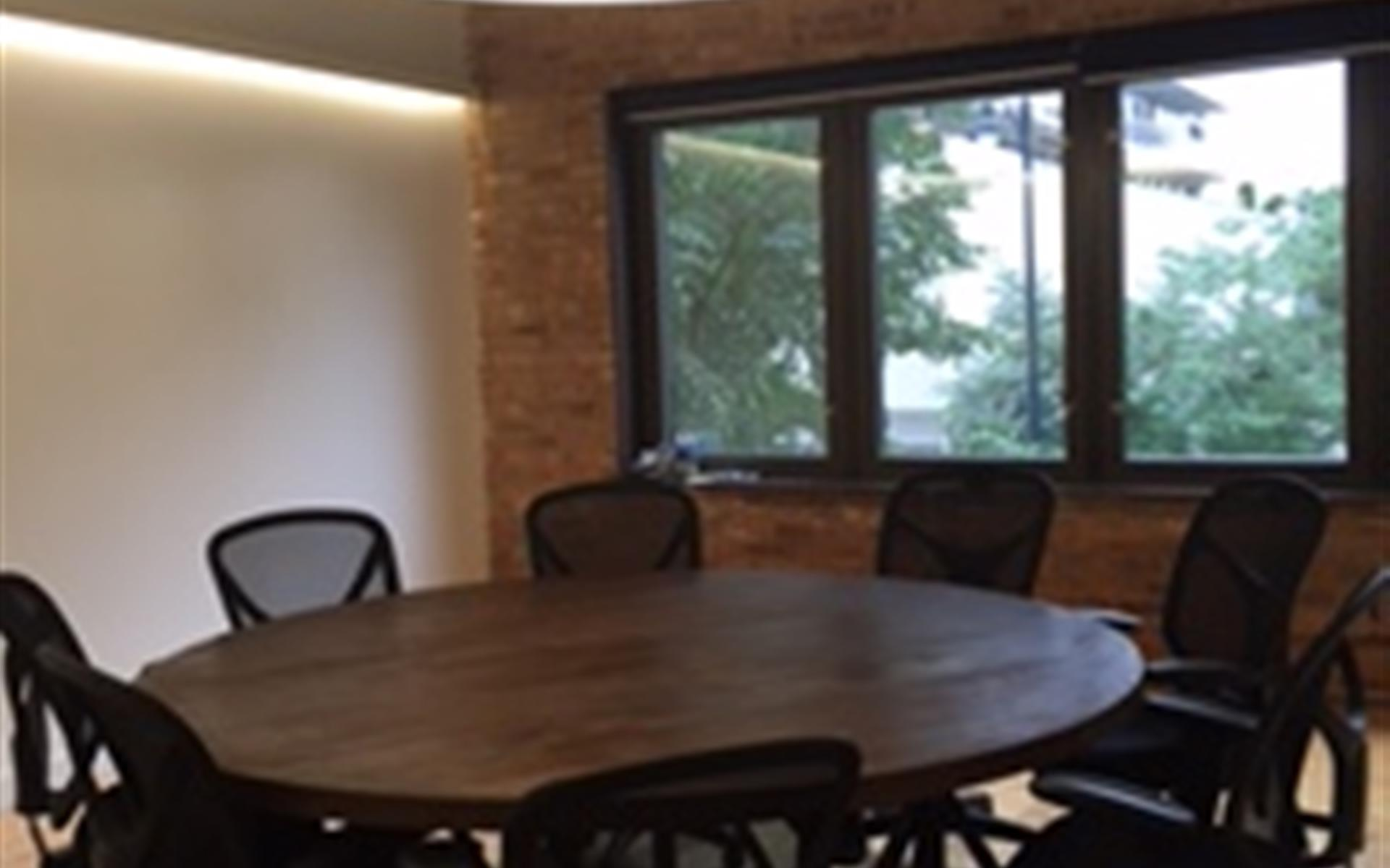 Chicago Traction Center - Small Meeting Room