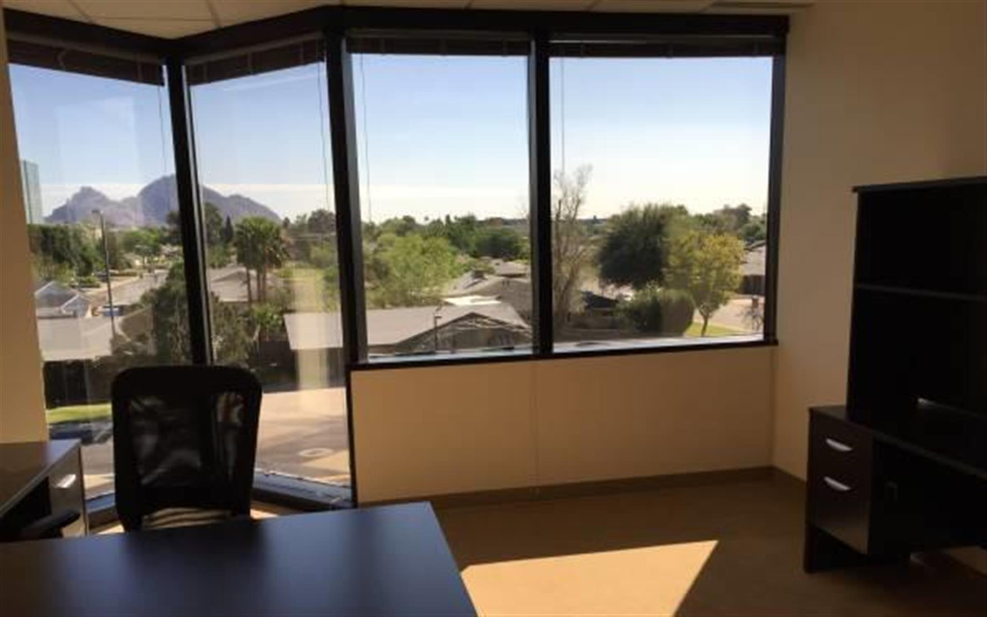 (PHO) Camelback Commons - Office w/Views of Camelback Mtn