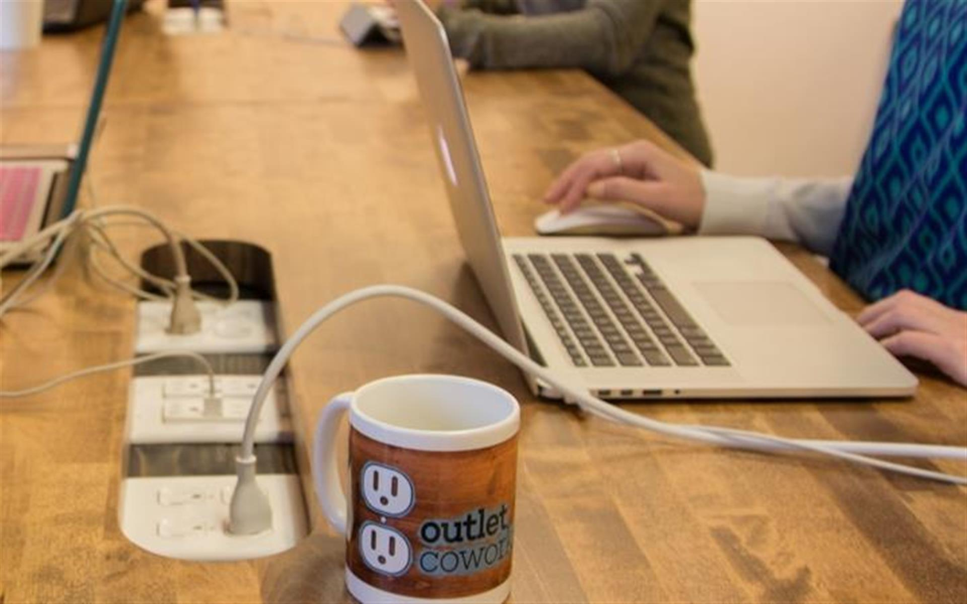 Outlet Coworking - Resident Membership