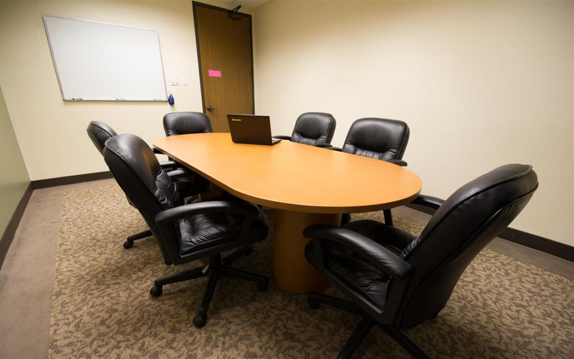 710 Lakeway Drive - Sunnyvale - Conference room