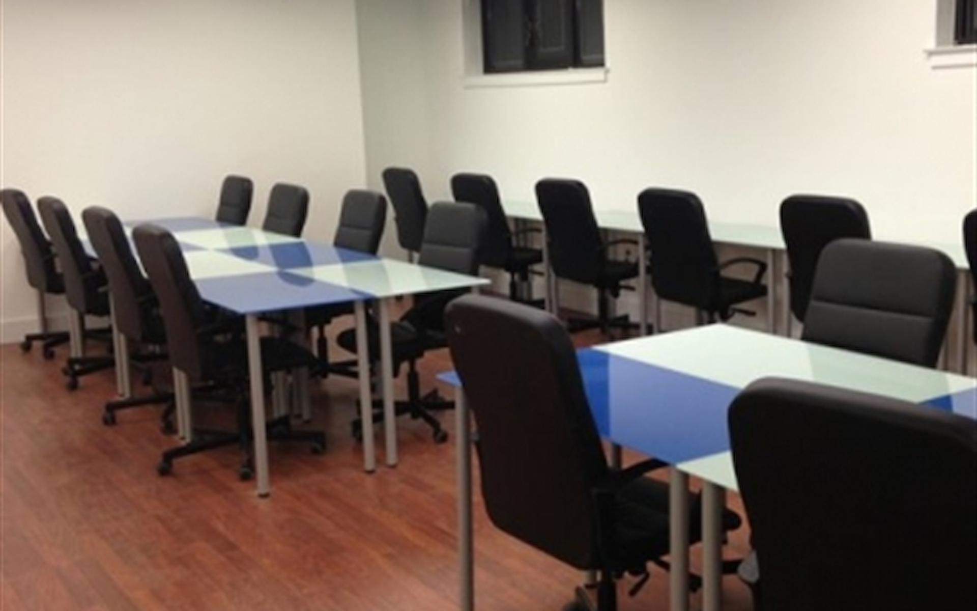 LaunchPad Huntington - Group Desk Space