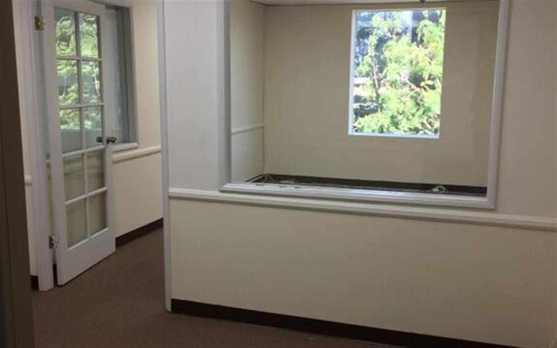 Soma Capital   16200 Ventura Blvd. - Team Office 429