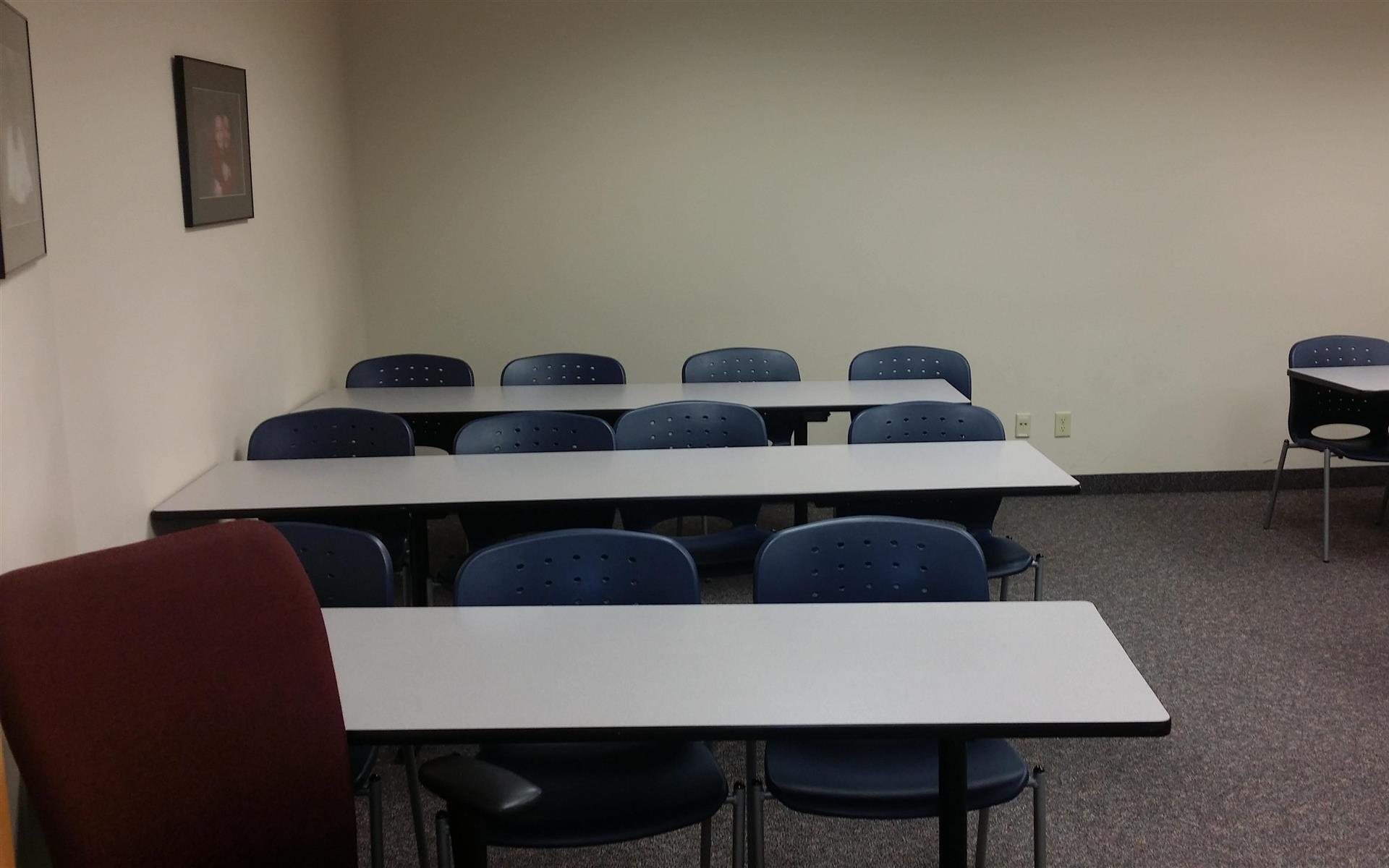 National American University | Burnsville - Meeting Room