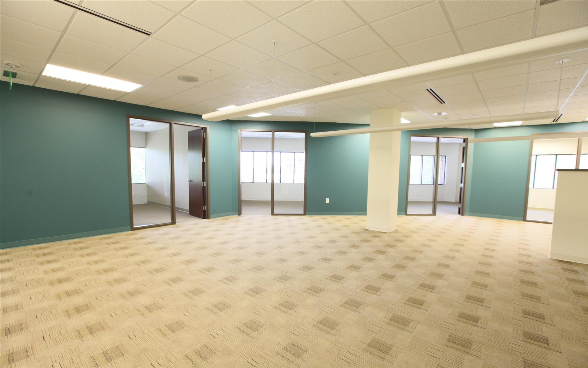 Highwoods | 3600 Glenwood Avenue - Team Space | Suite 205