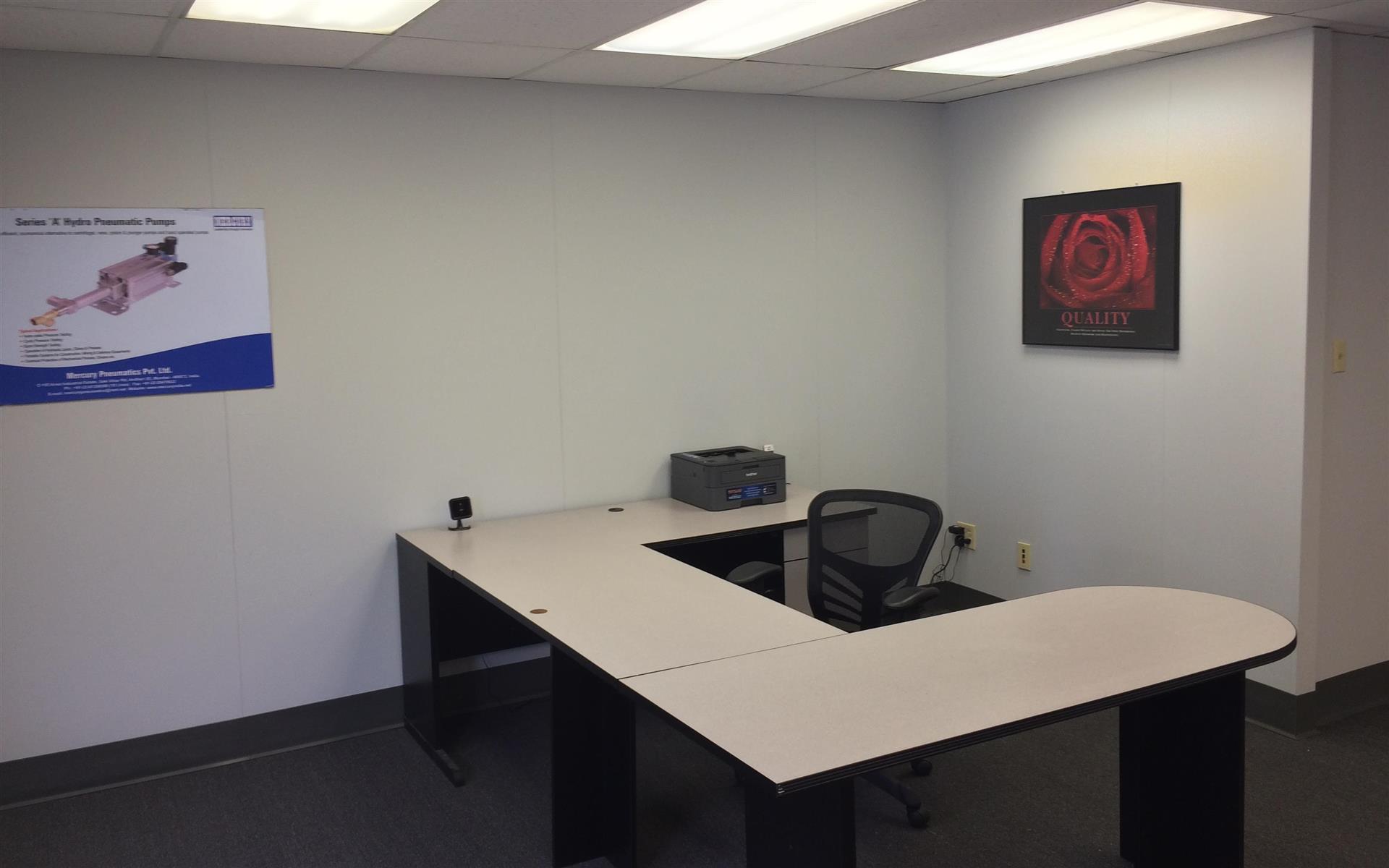 Chiketa-Phoenix Office Space - Open work space