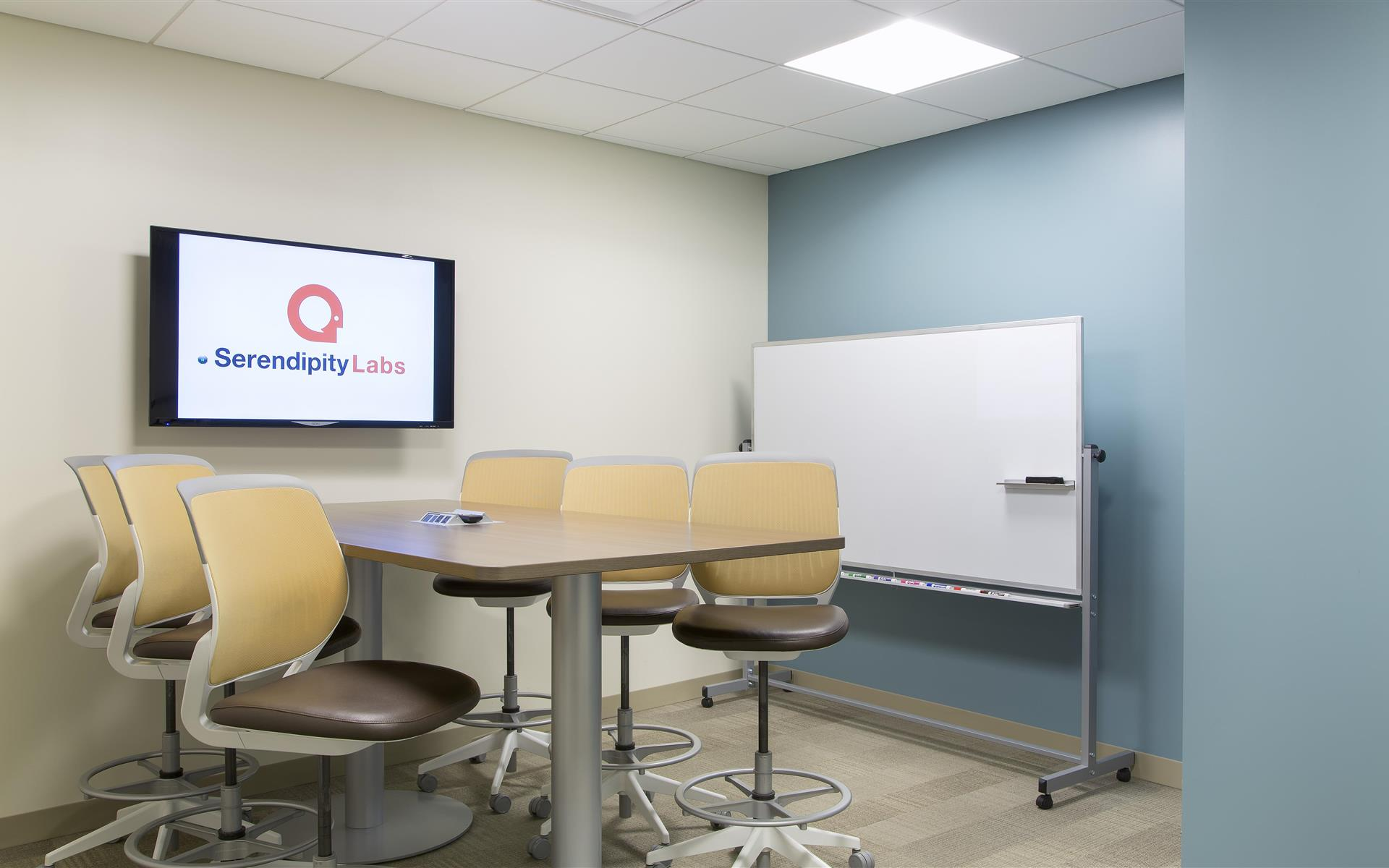 Serendipity Labs Chicago OSW - Meetup room for up to 6 starting at $49