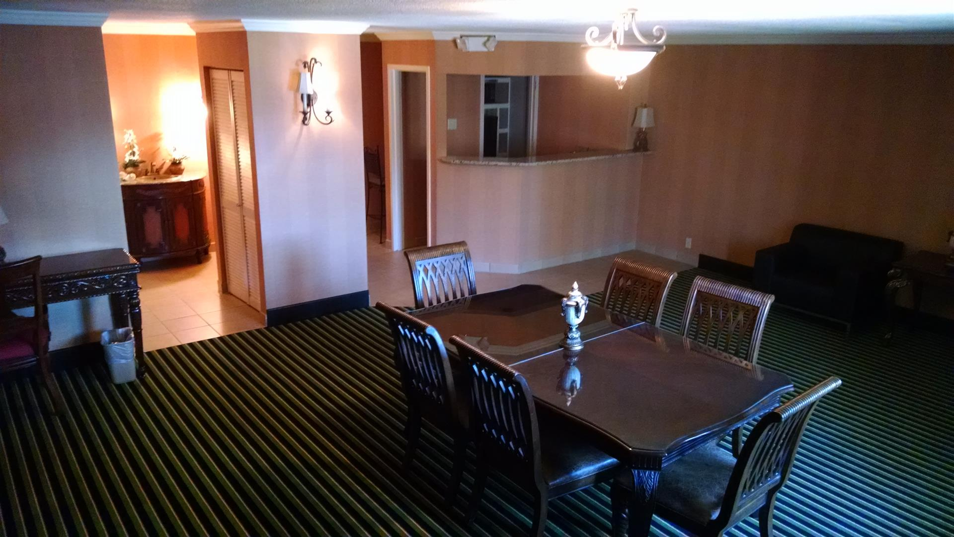 Clarion Inn Asheville Airport - Hospitality Suite