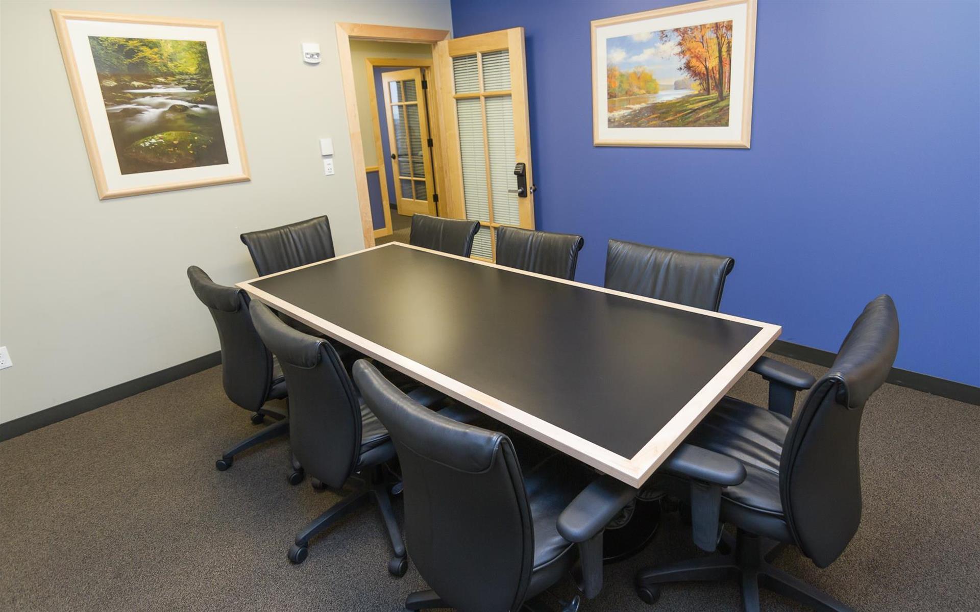 Intelligent Office - Boston - Medium Conf Room  2