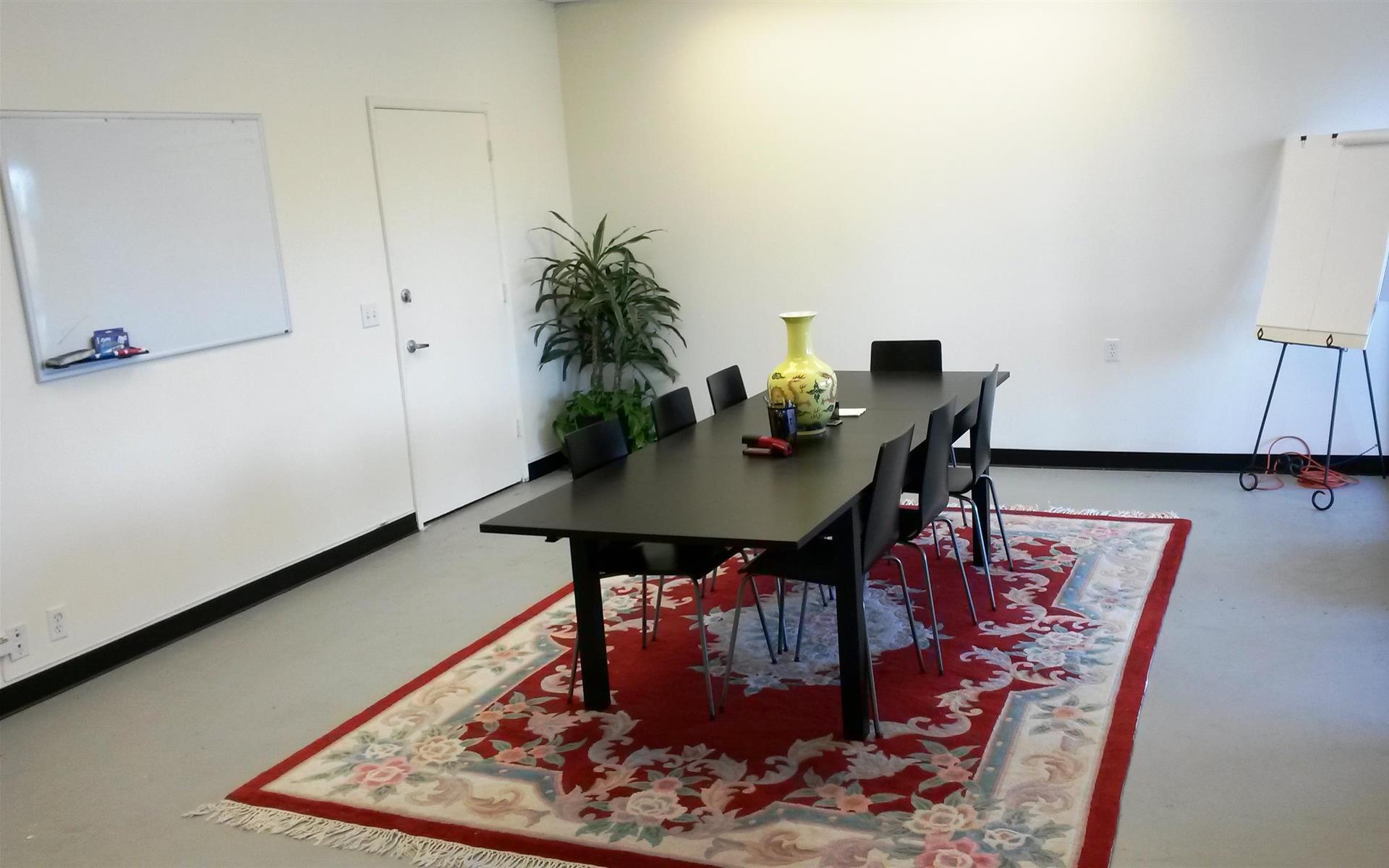 officeLOCALE Coworking Space & Cyberscraper - Space 1 - Right Side Door