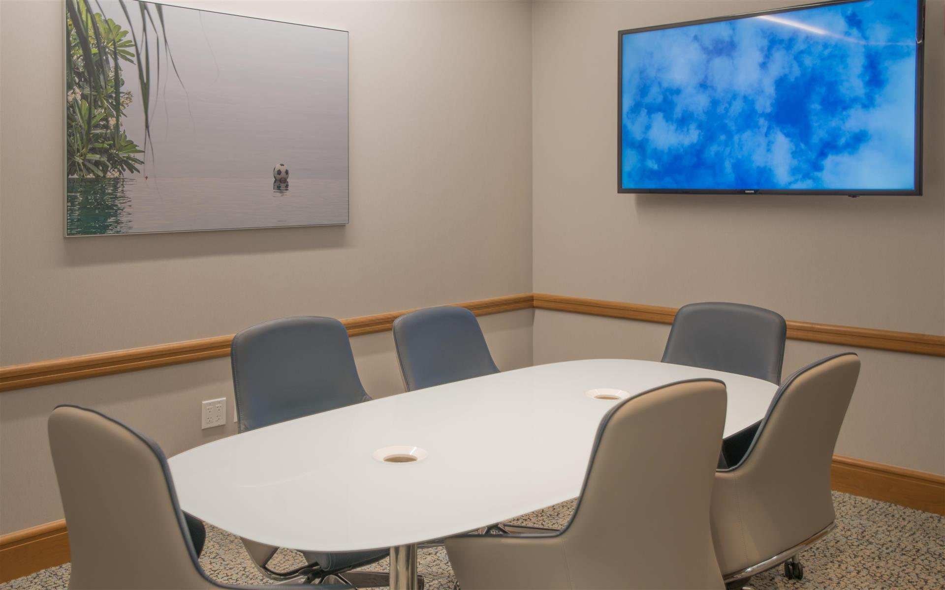 Symphony Workplaces - Palm Beach - Palm Beach Conference Room