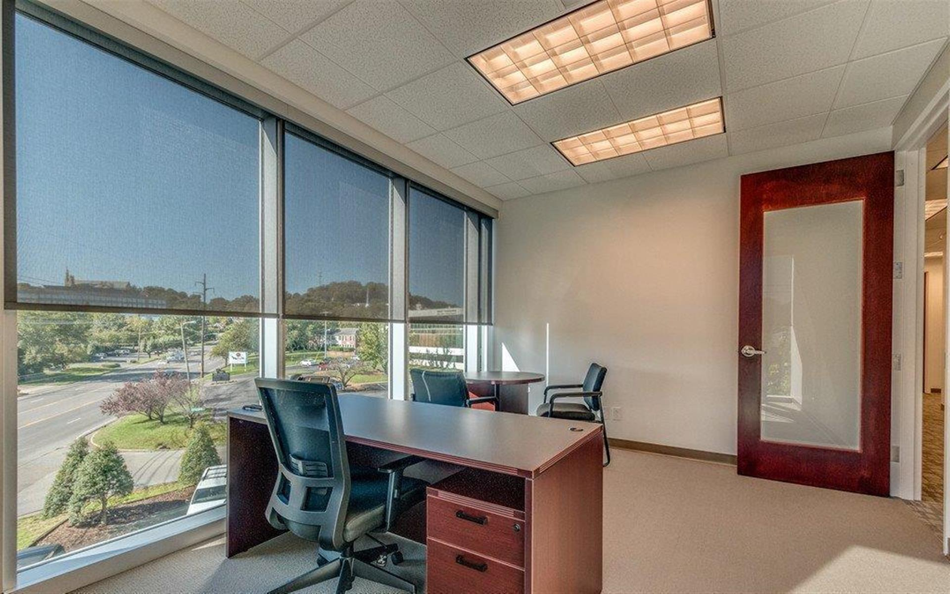 Green Hills Office Suites - Day Office