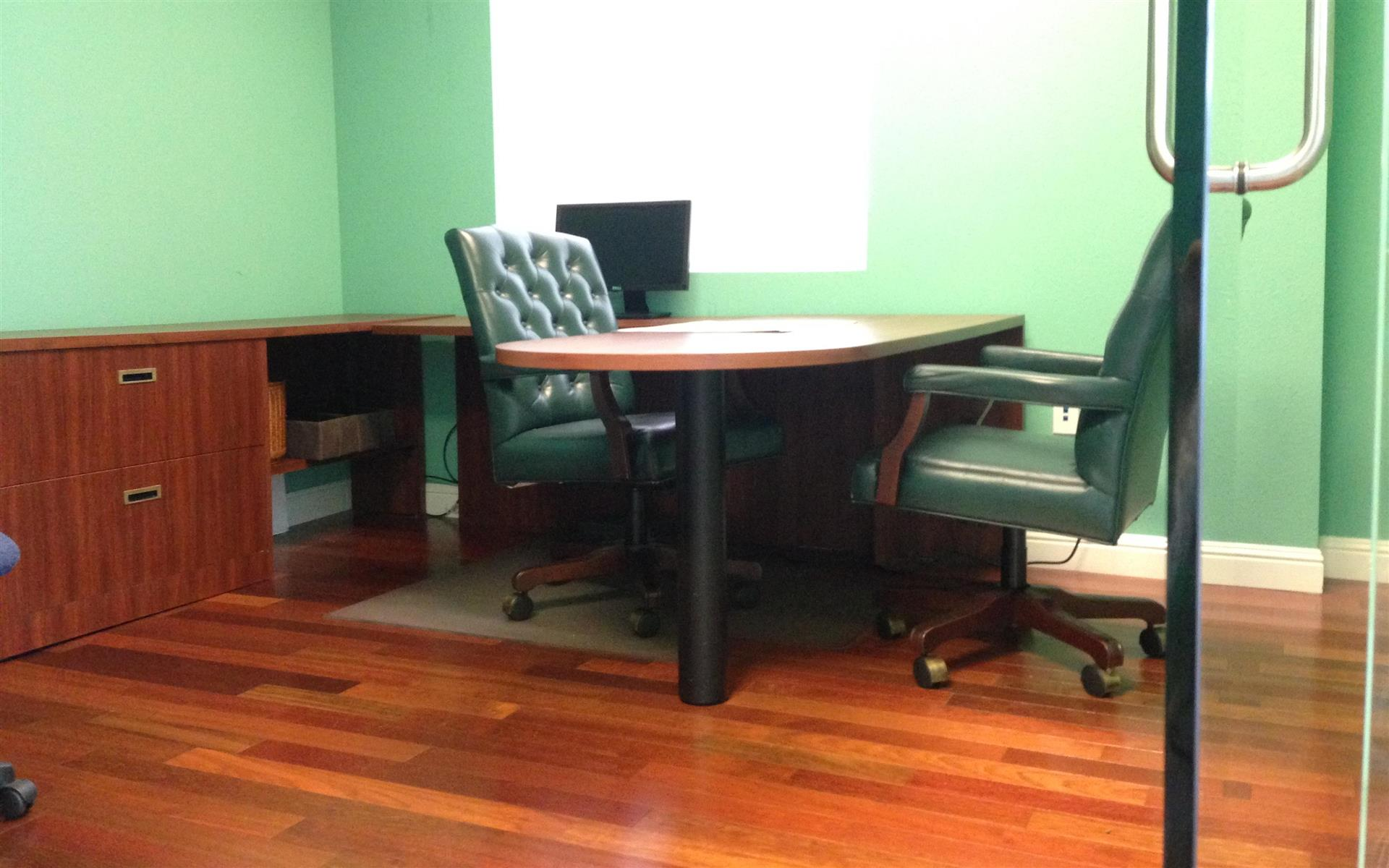 fre - Private Office