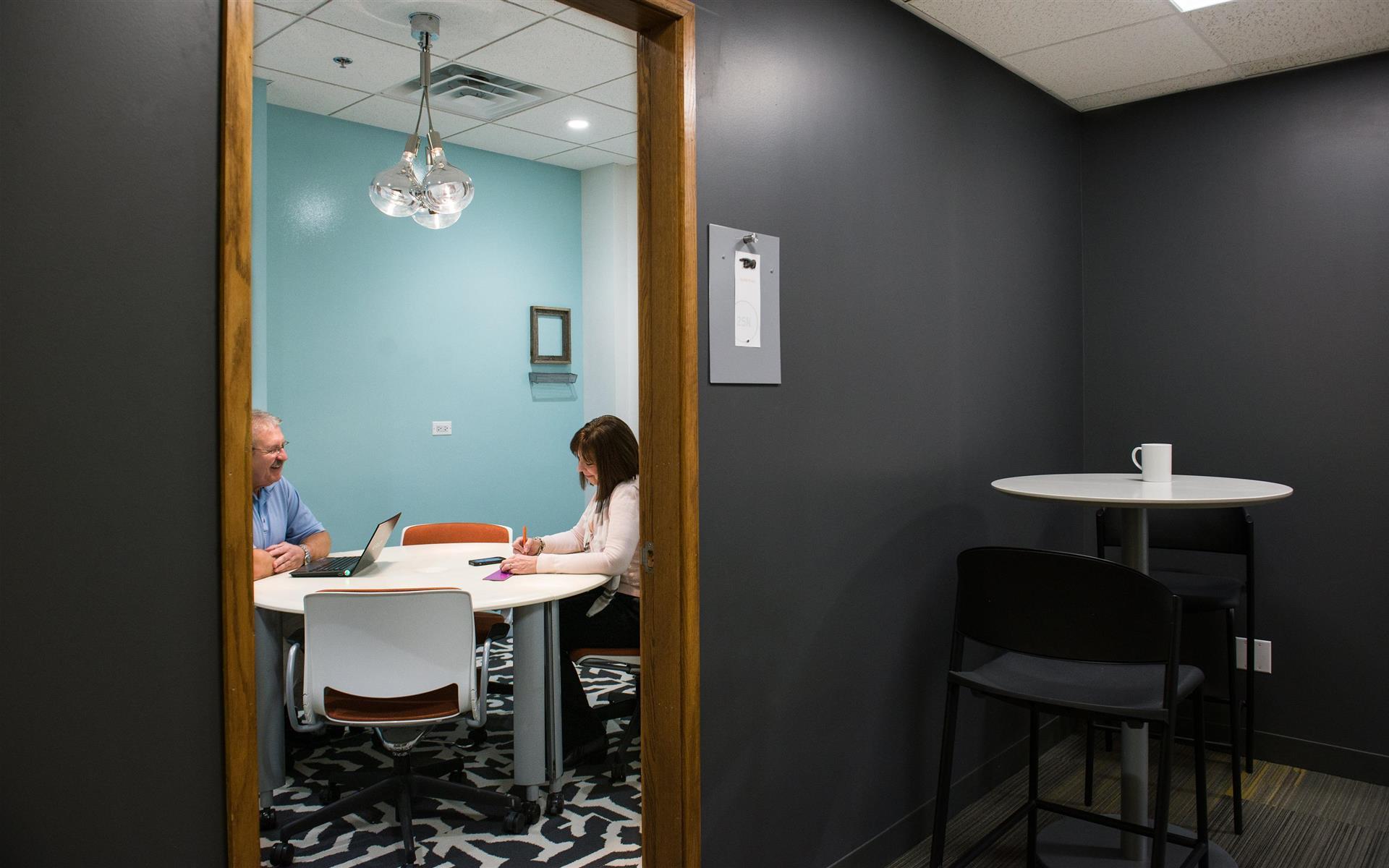 25N Coworking - Arlington Heights - Team Office 202
