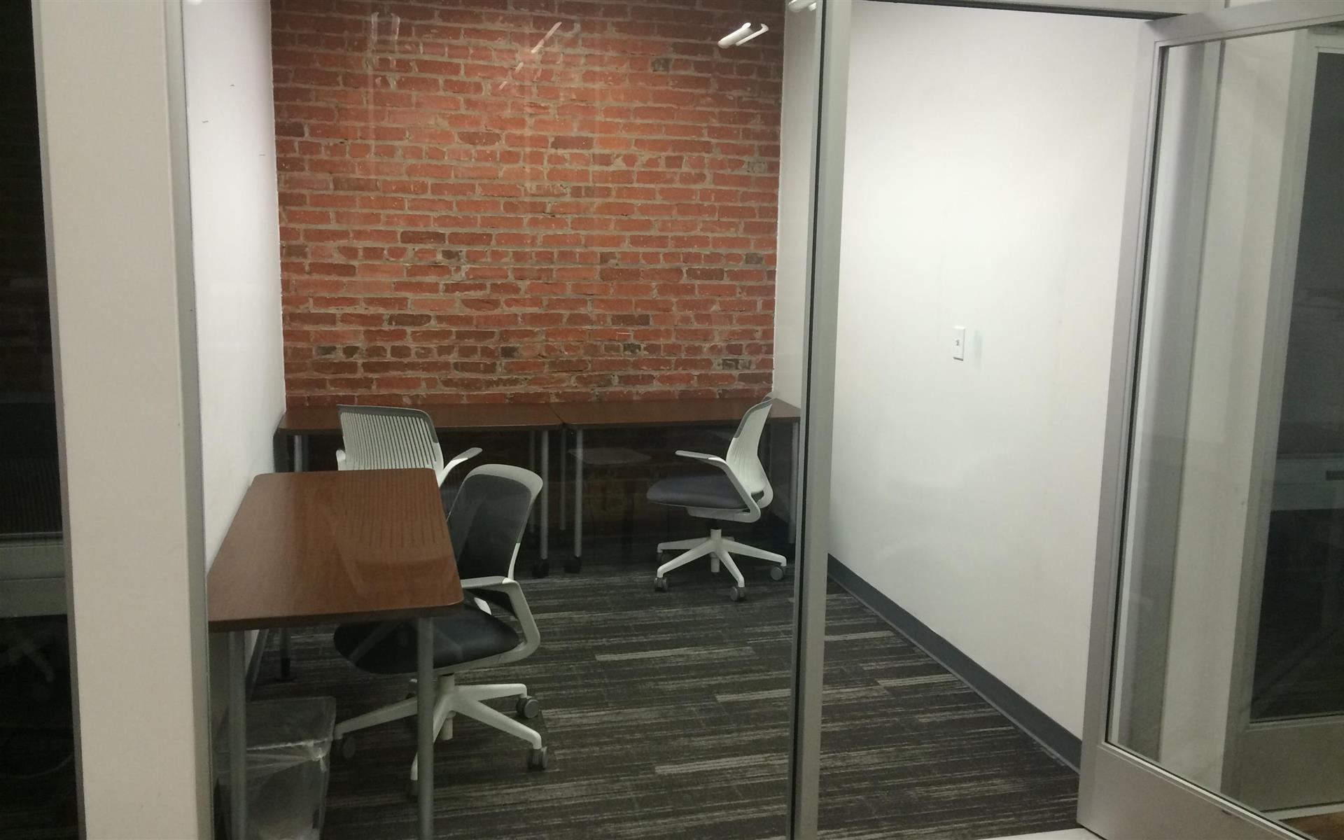 BLANKSPACES DTLA - Medium Private Office for 3