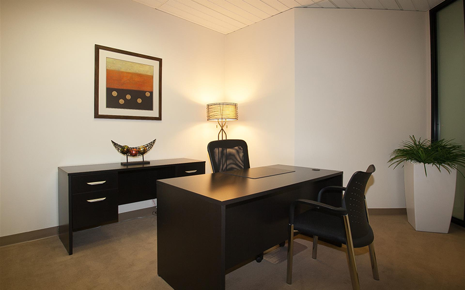 (ELS) El Segundo - Interior Office