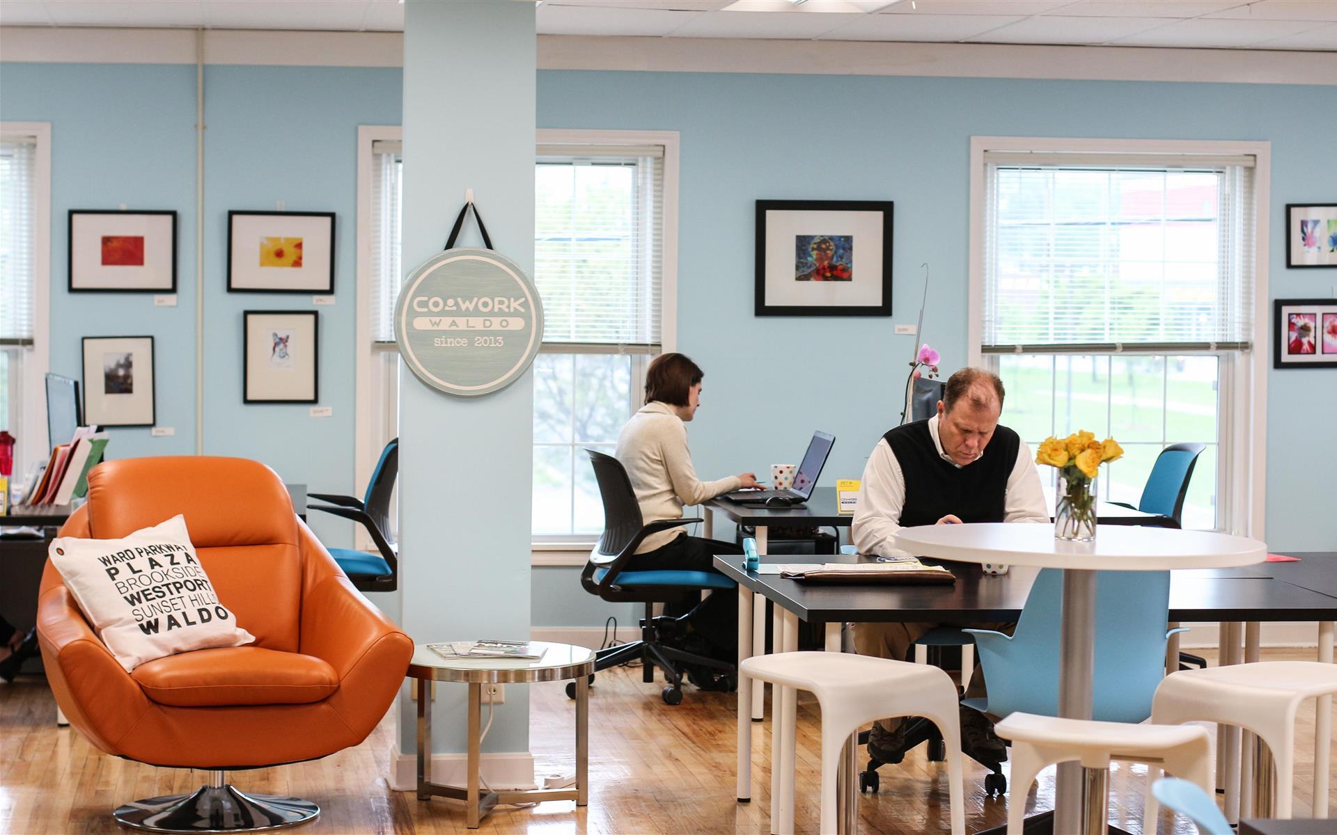 Cowork Waldo - Dedicated Desk Full-Time