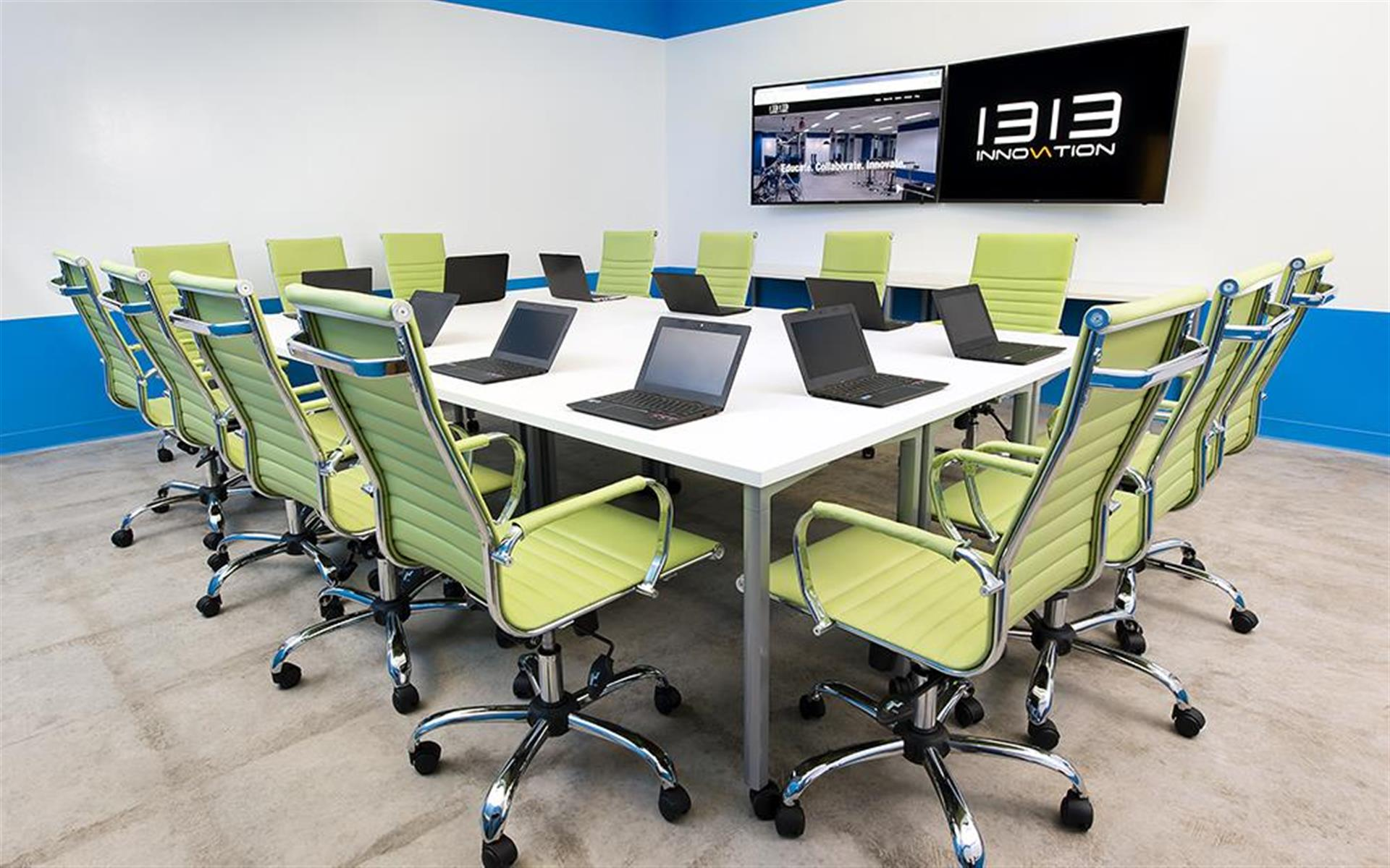 1313 Innovation - Training room - Smart TV