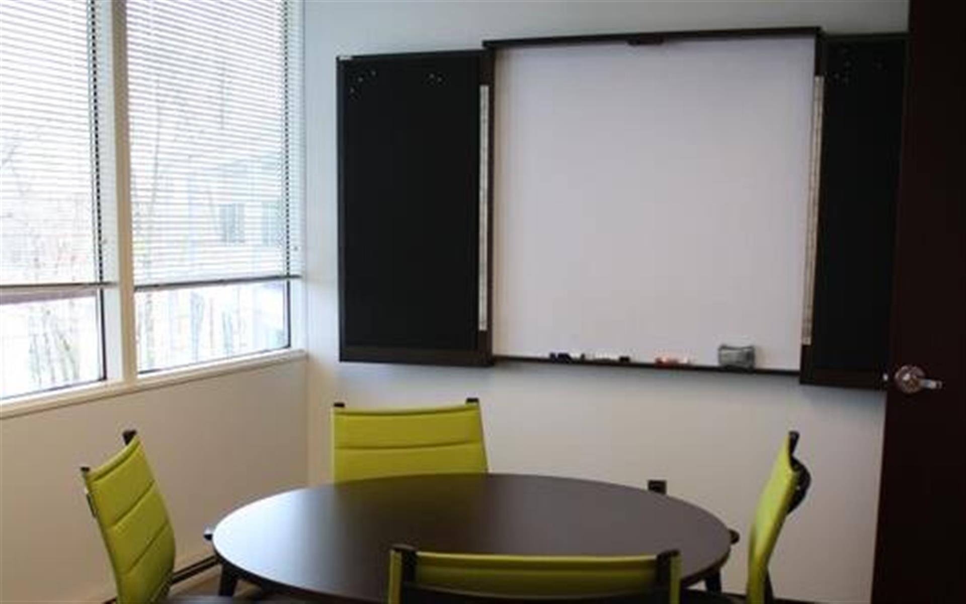 CollaborationCore - Huddle Room with Sanctuary view