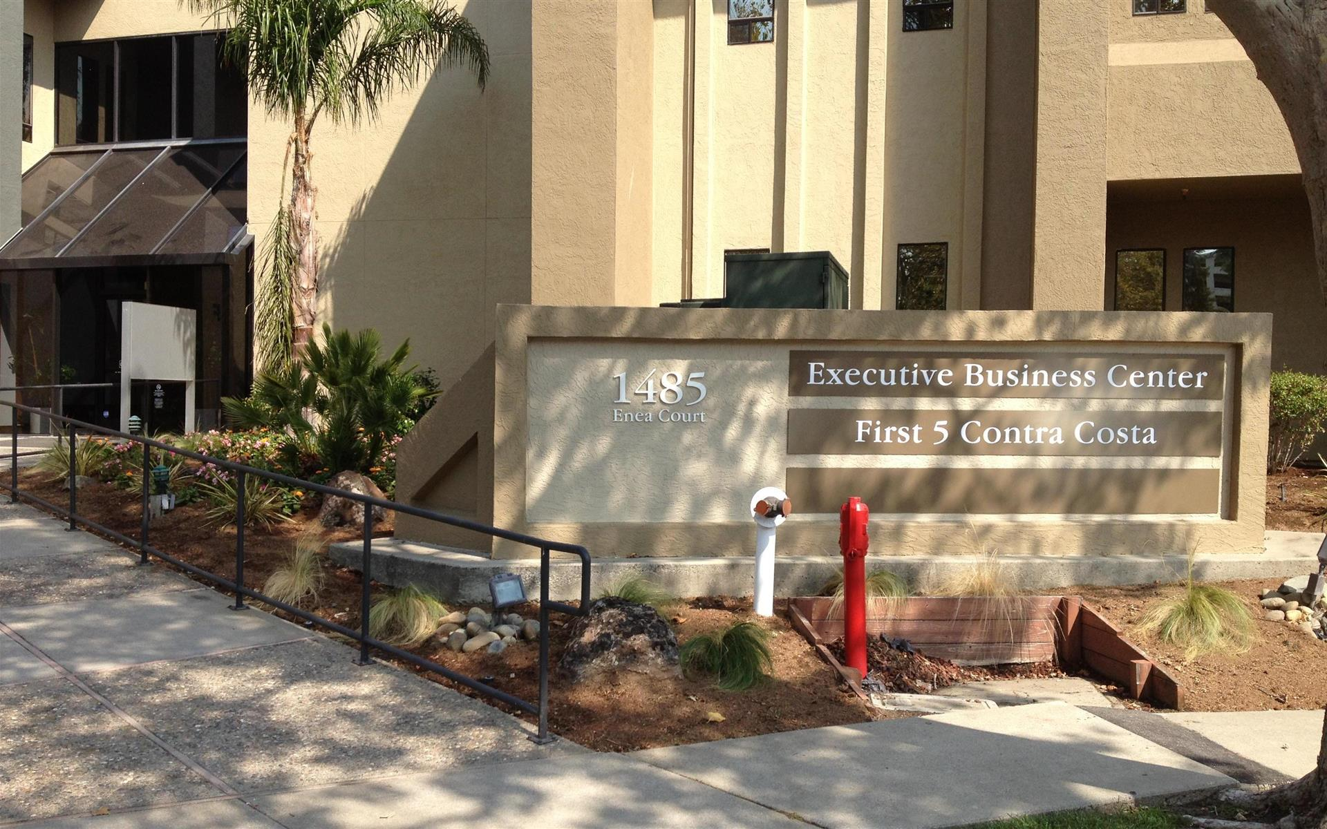 Executive Business Center - Executive Business Center-Suite 1353