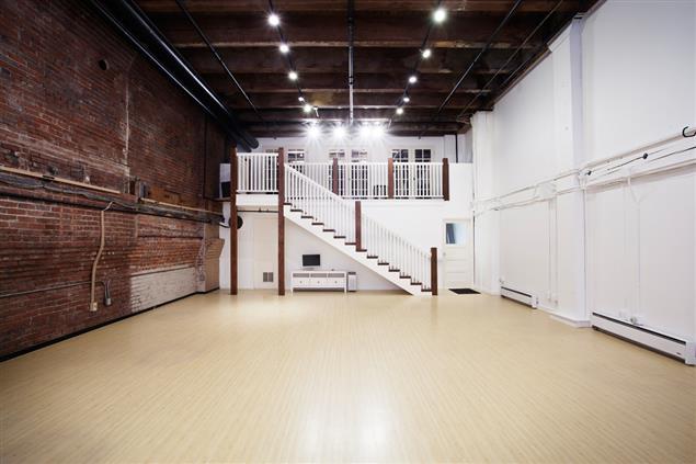 FLUTTER Studios - FLUTTER Studios & Event Space