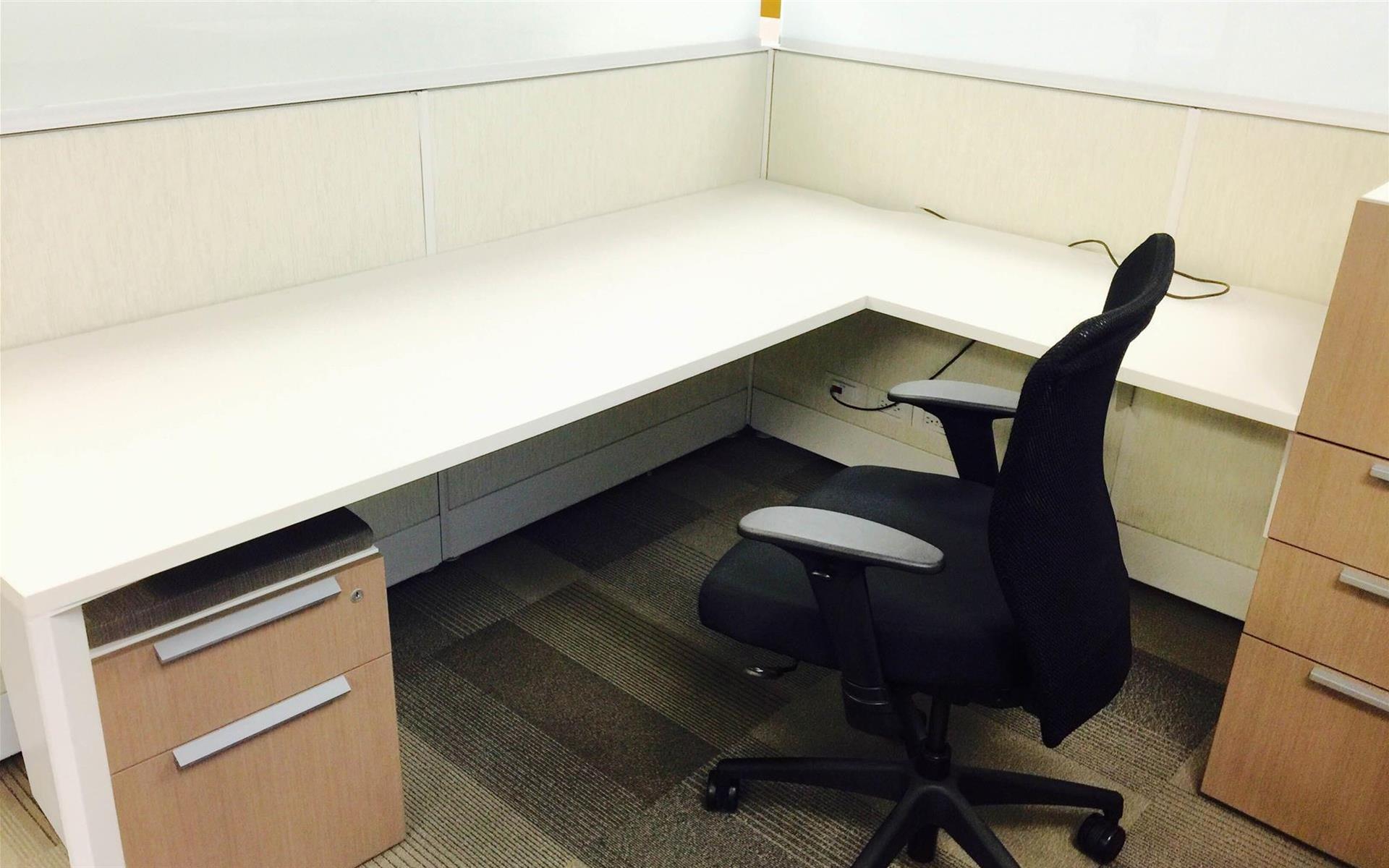 Kaazing Corporation - Dedicated Desk