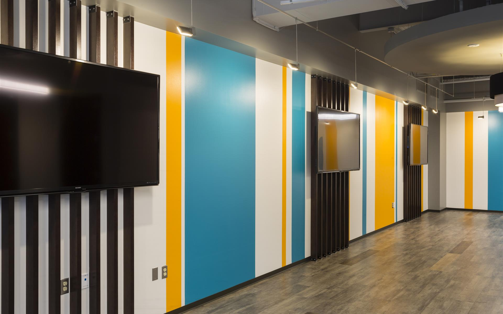 Launch Workplaces Gaithersburg - Media Room