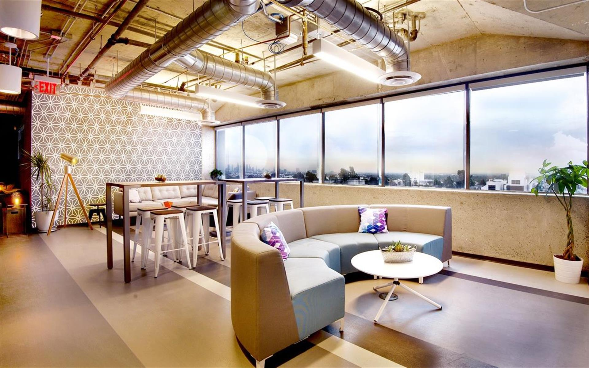 IgnitedSpaces - Office 724
