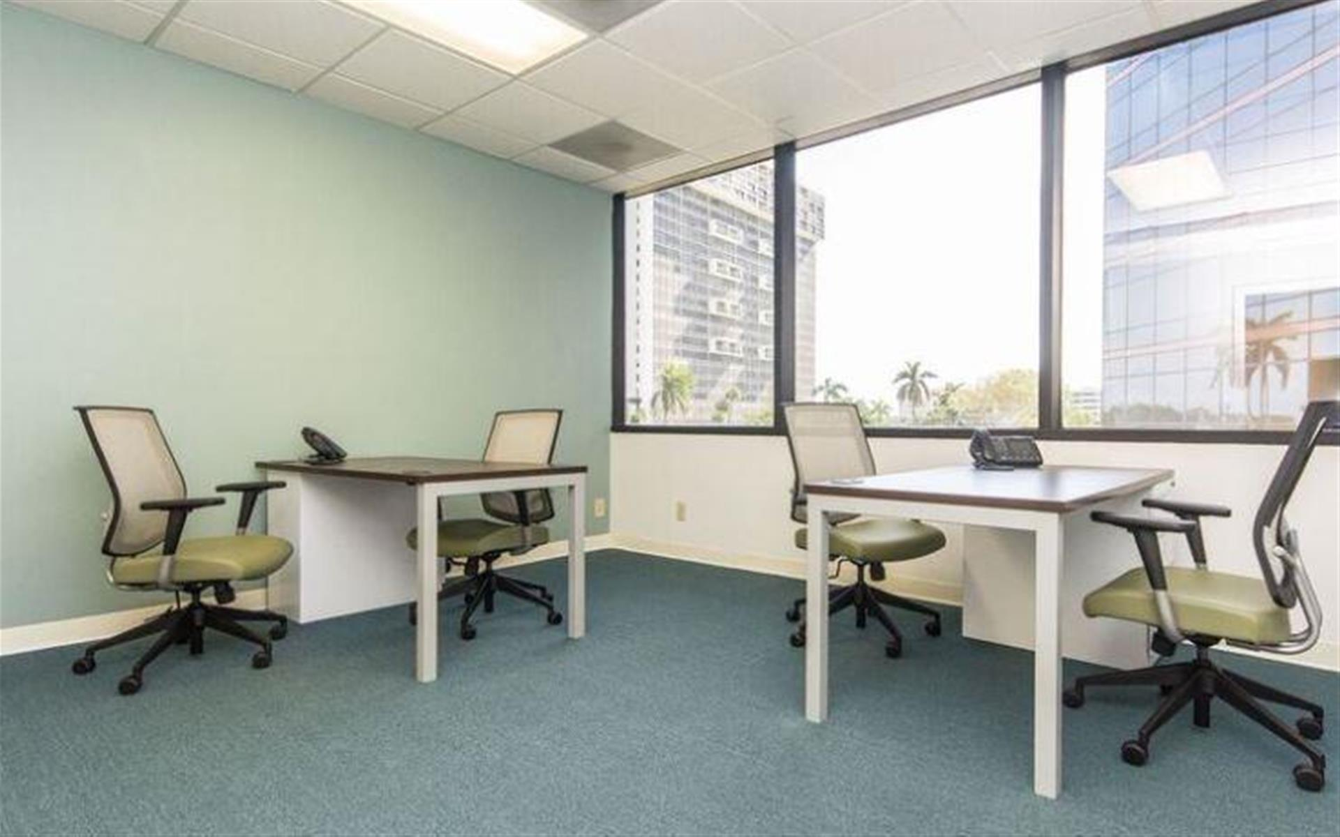 Quest Workspaces - West Palm Beach Downtown - Office 17