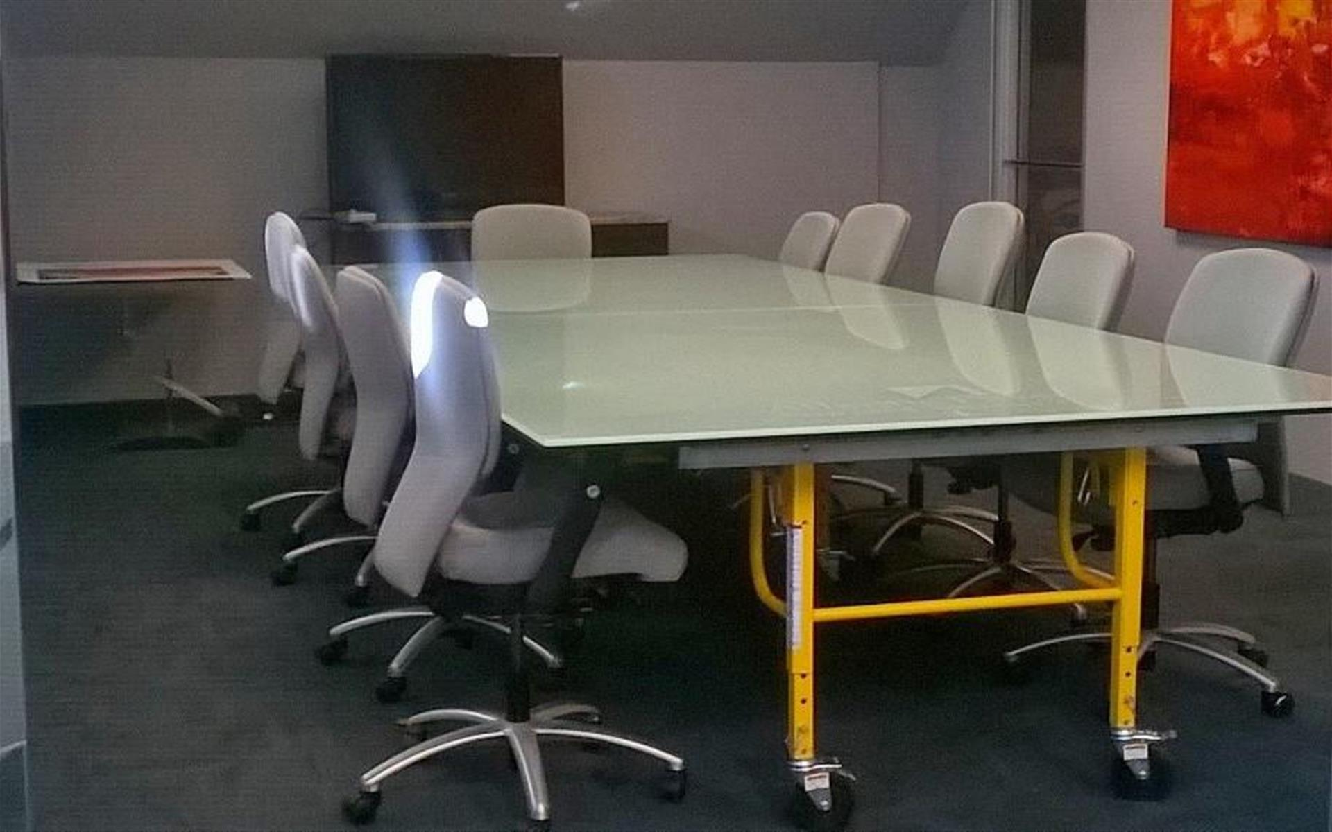 Legal750 - Large Meeting Room - Seats up to 20