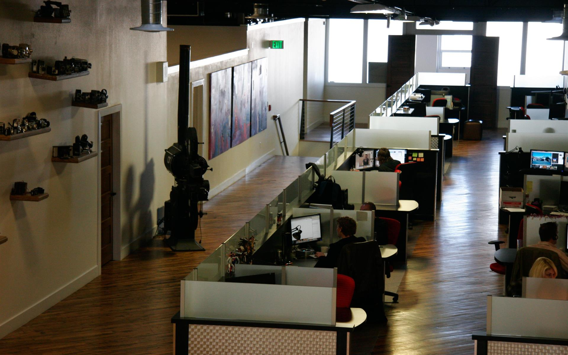 Creative511 Workspace - Dedicated Desk