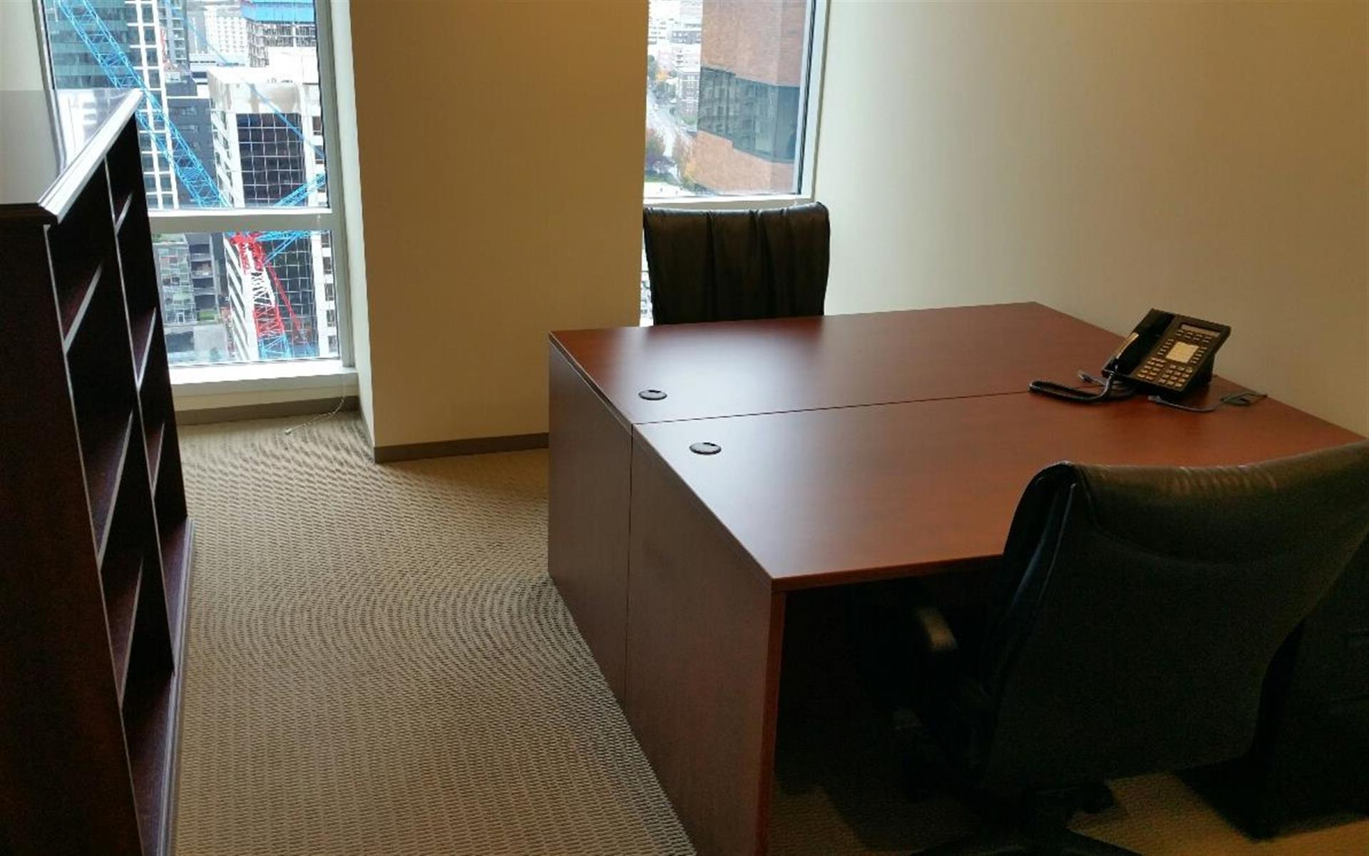 (SEA) Seattle Downtown - Private Office with View