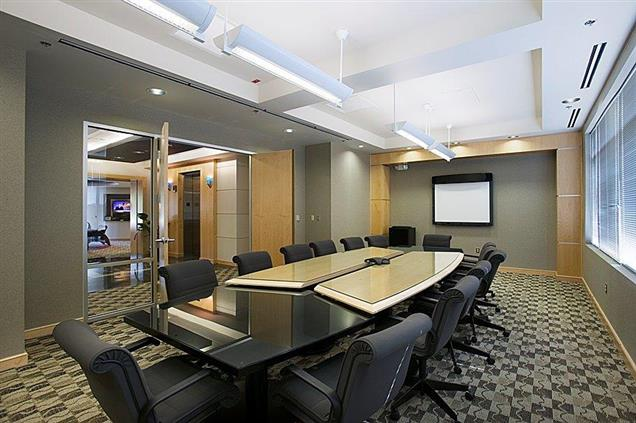 Launch Workplaces Edgewater - Large Conference Room
