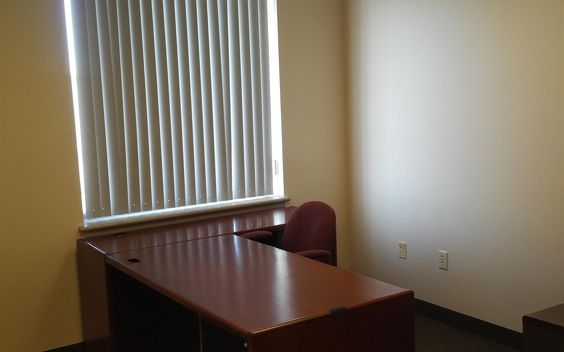 Offices and Coworking in Central NJ - Metuchen, NJ - Suite 206 - Executive Office