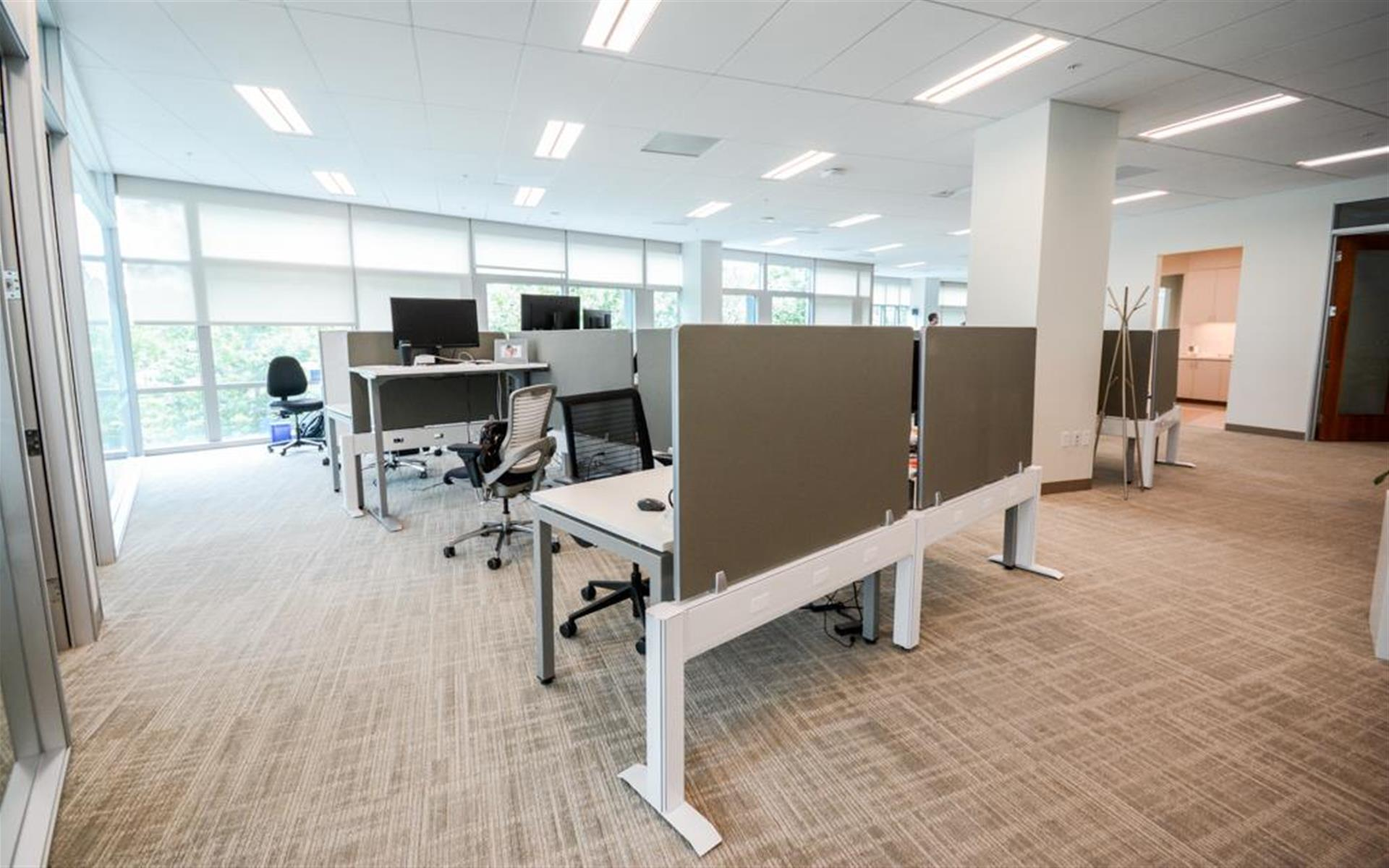 1050 Enterprise Way - Dedicated Desks for 30+