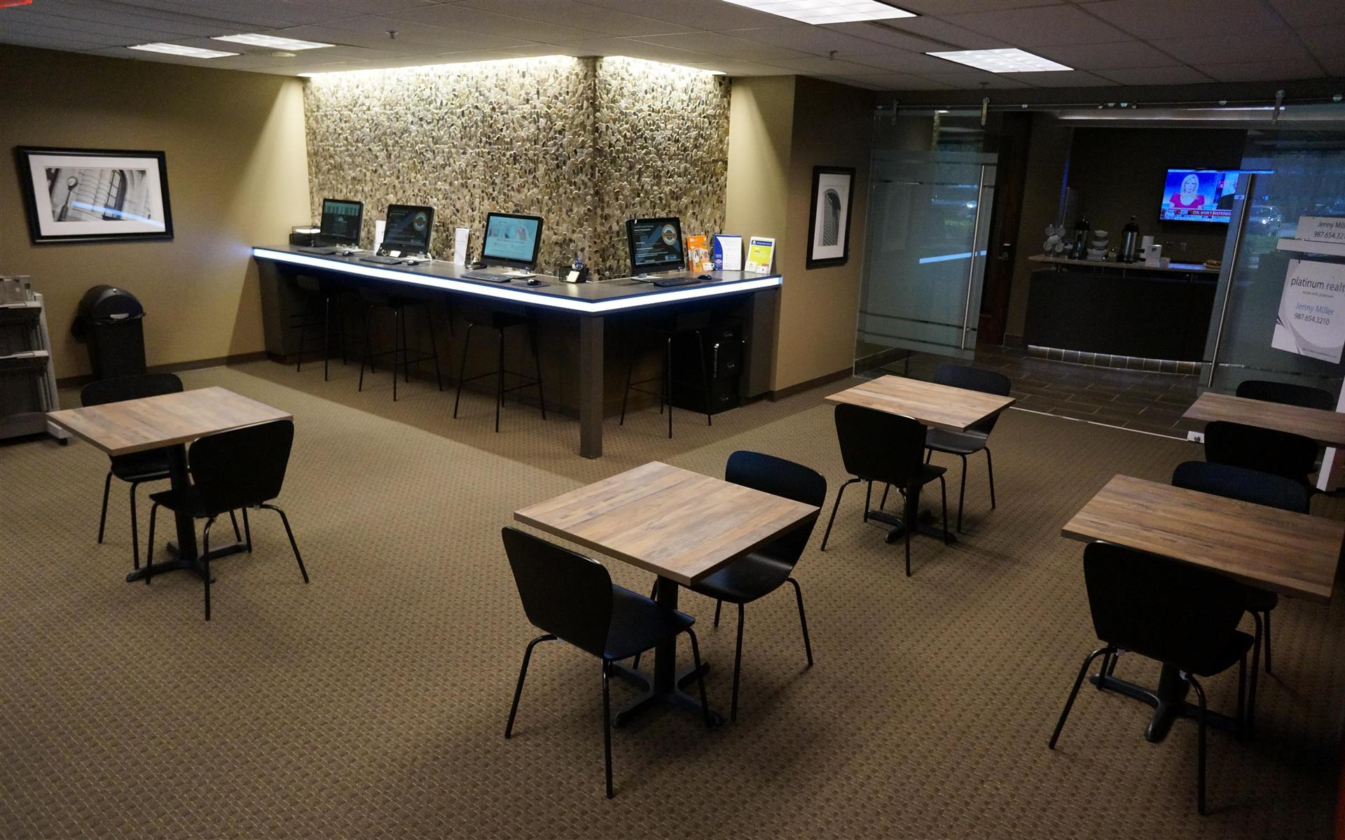 Platinum Realty - Overland Park - Modern, Bright Office Workspace